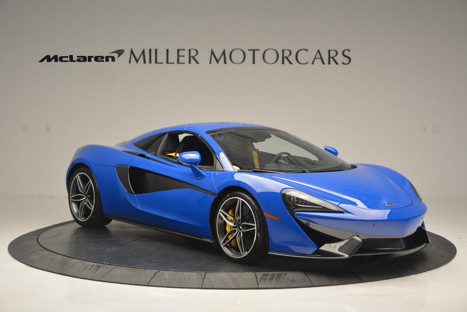 New 2019 McLaren 570S Spider Convertible For Sale In Greenwich, CT 2599_p21