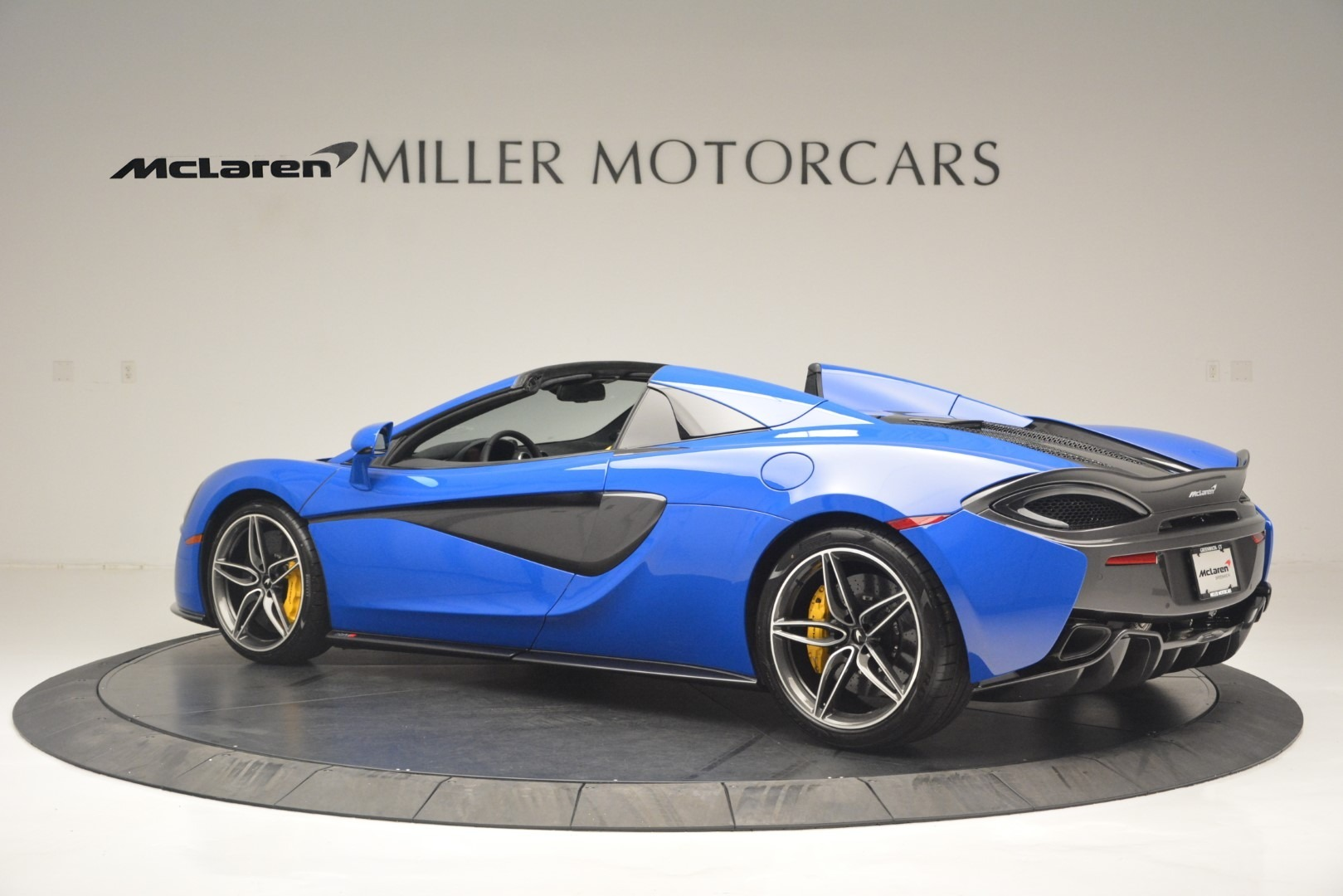 New 2019 McLaren 570S Spider Convertible For Sale In Greenwich, CT 2599_p4