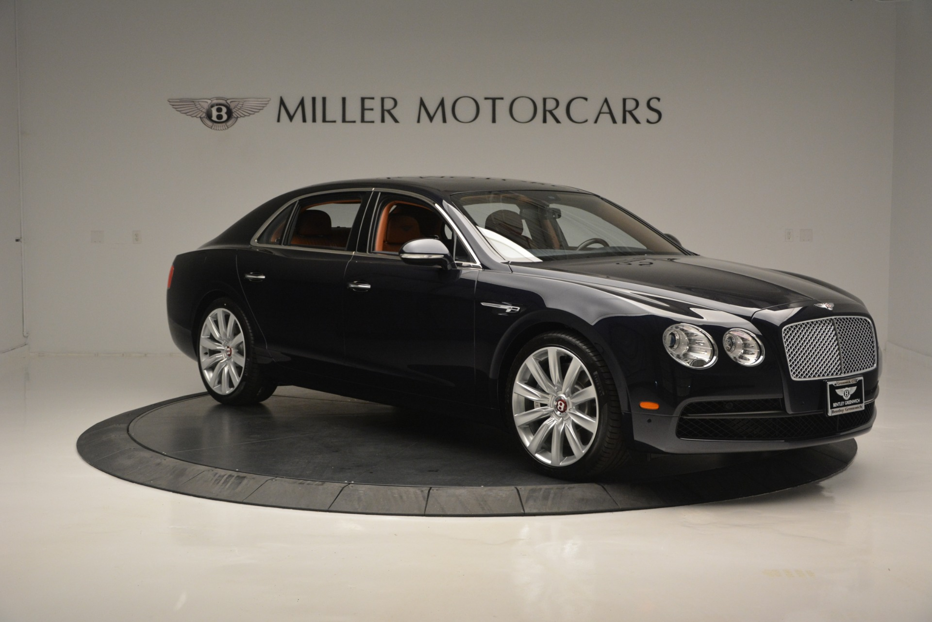 New 2018 Bentley Flying Spur V8 For Sale In Greenwich, CT 2601_p11