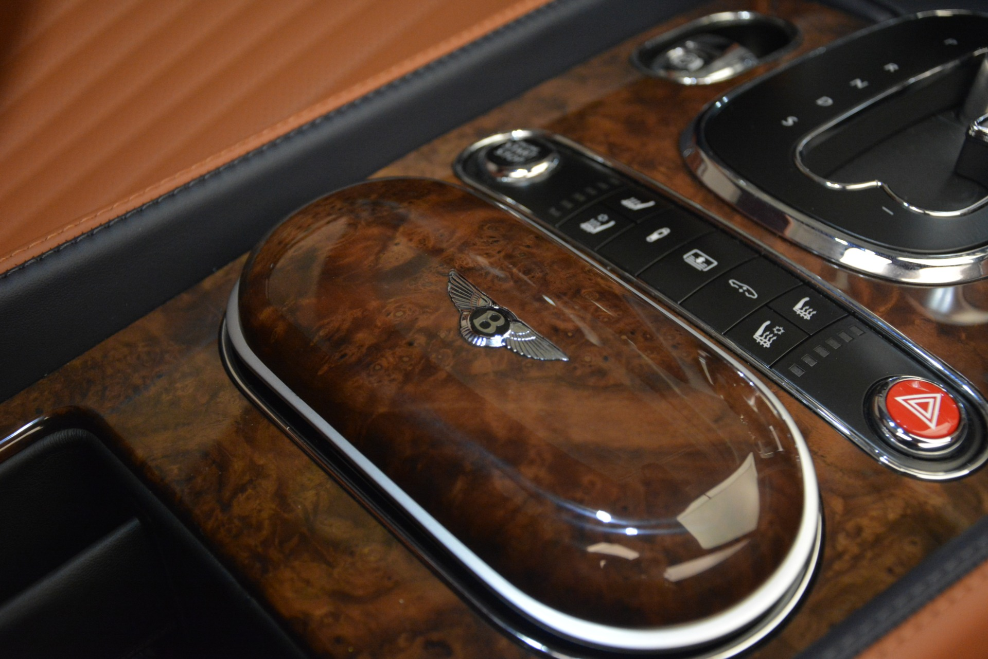 New 2018 Bentley Flying Spur V8 For Sale In Greenwich, CT 2601_p25