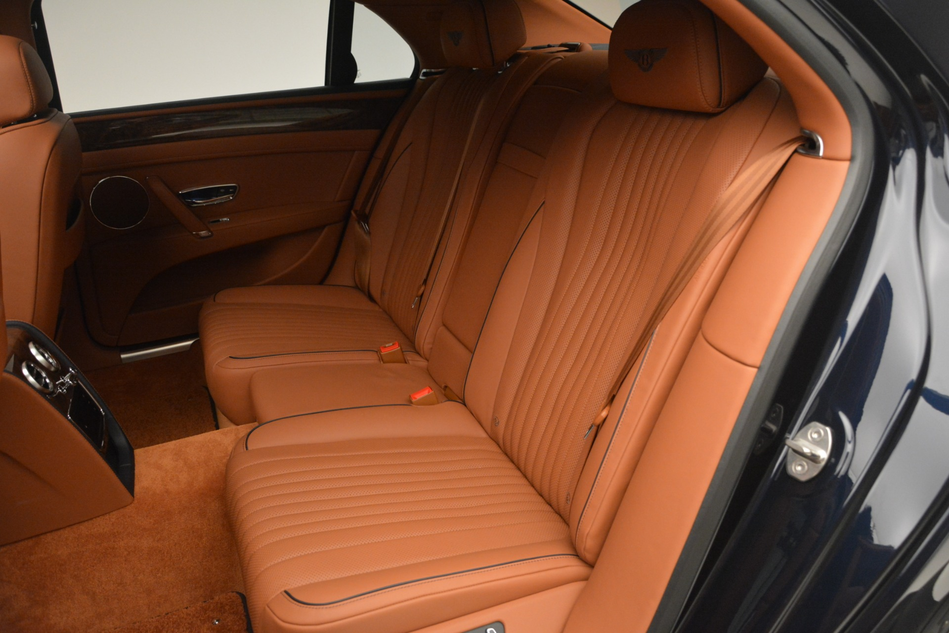 New 2018 Bentley Flying Spur V8 For Sale In Greenwich, CT 2601_p29