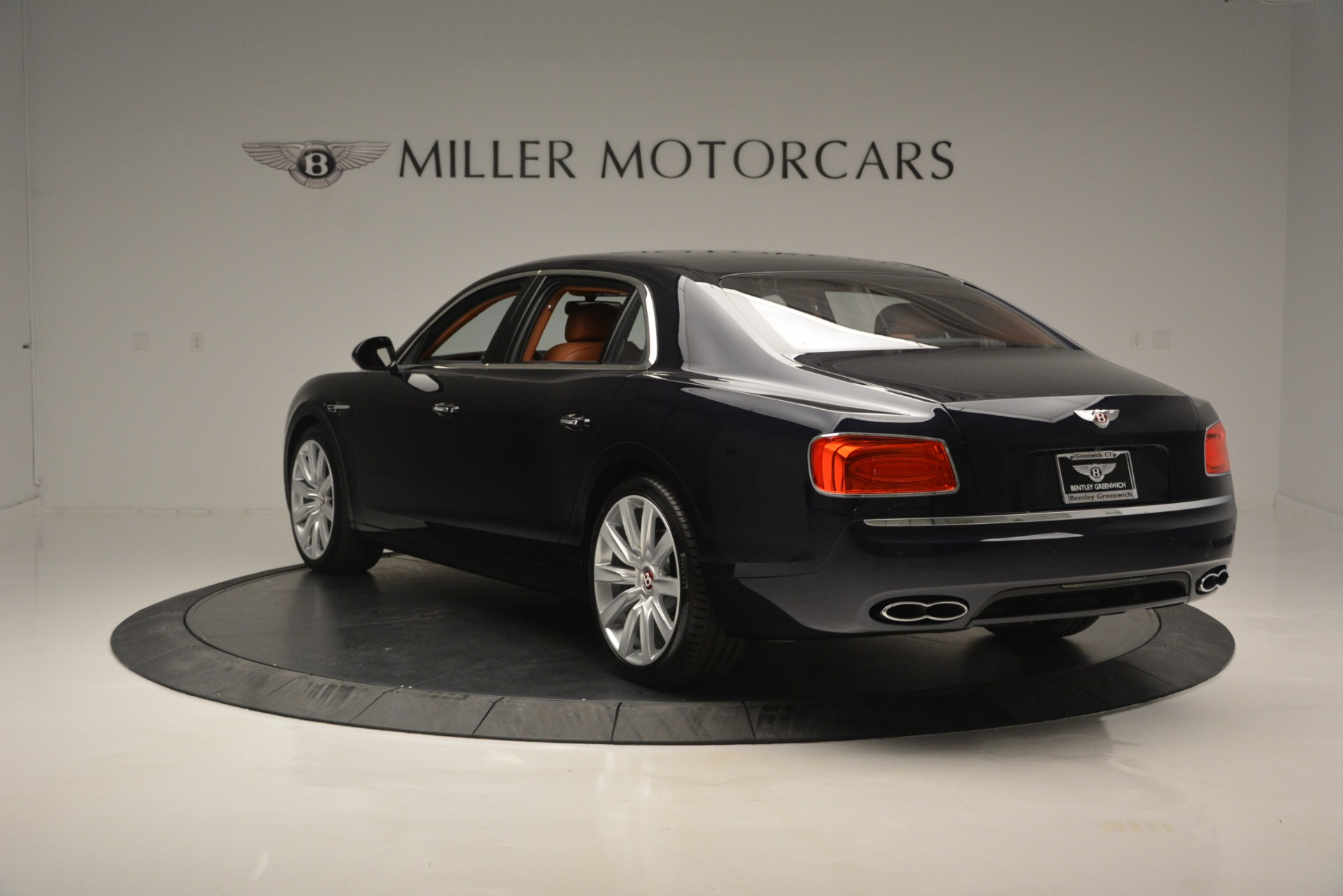 New 2018 Bentley Flying Spur V8 For Sale In Greenwich, CT 2601_p5