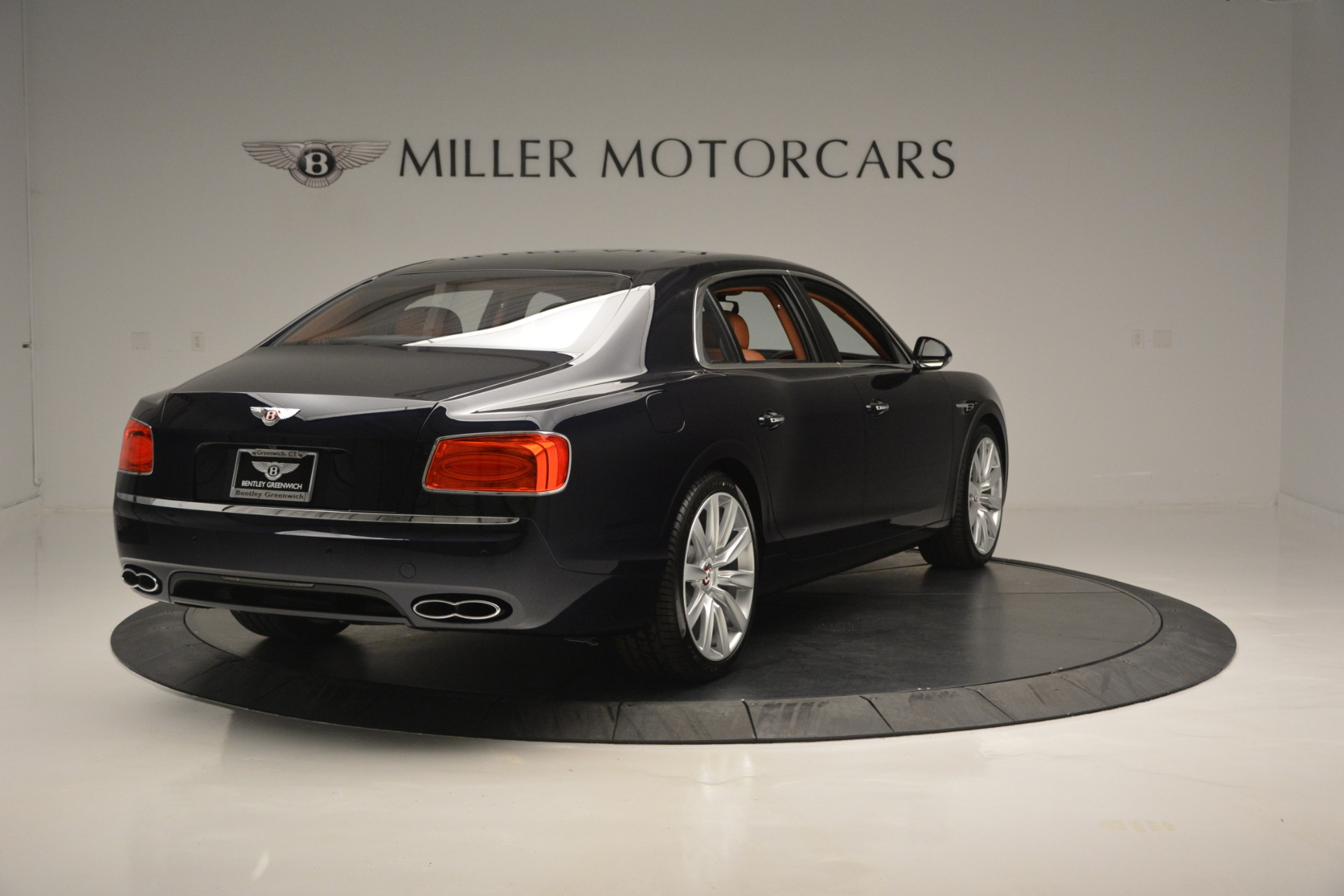 New 2018 Bentley Flying Spur V8 For Sale In Greenwich, CT 2601_p7