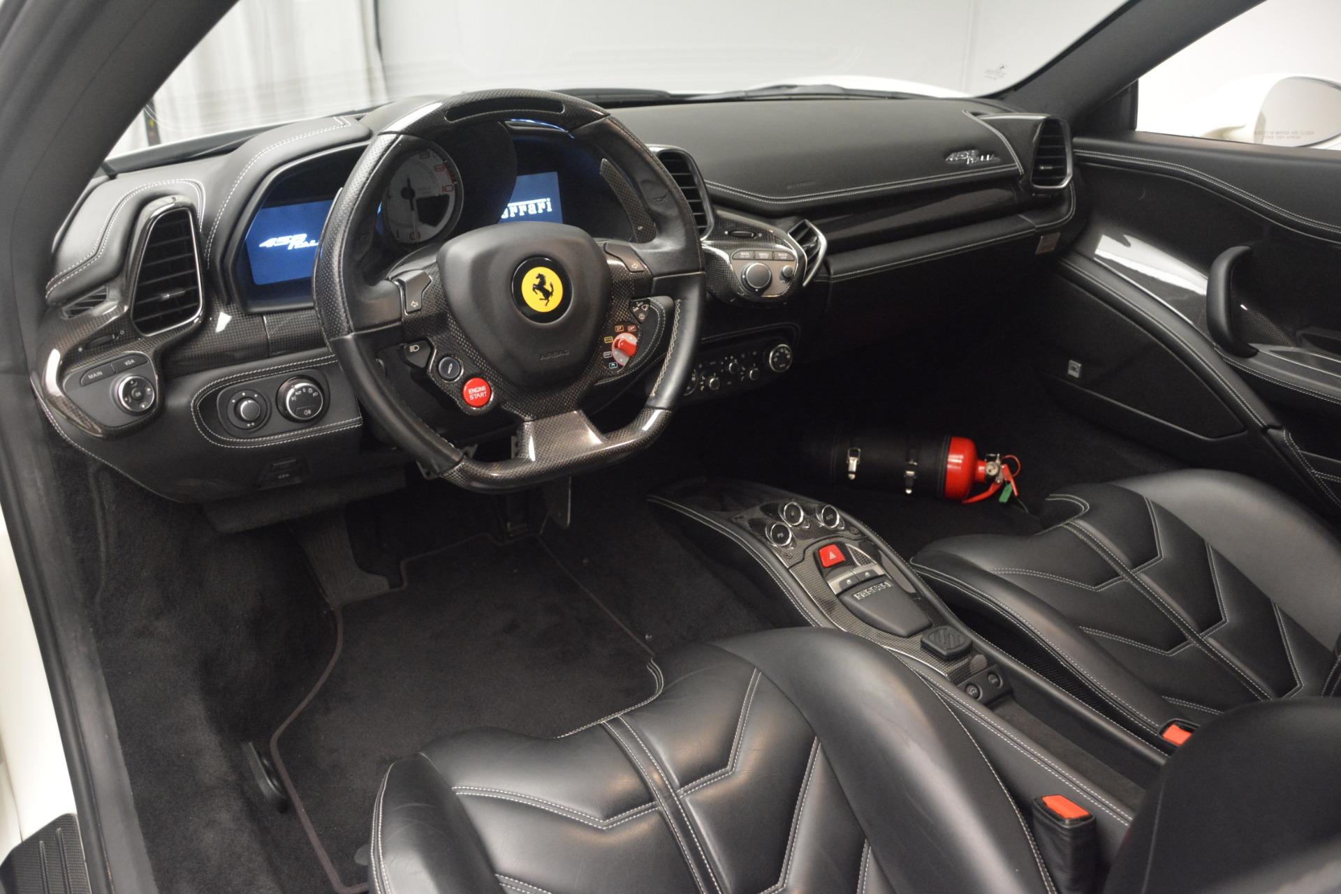 Used 2010 Ferrari 458 Italia  For Sale In Greenwich, CT 2602_p13