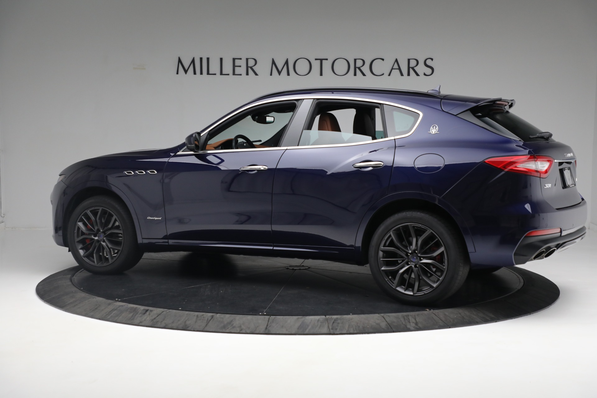 New 2019 Maserati Levante S Q4 GranSport For Sale In Greenwich, CT 2607_p4