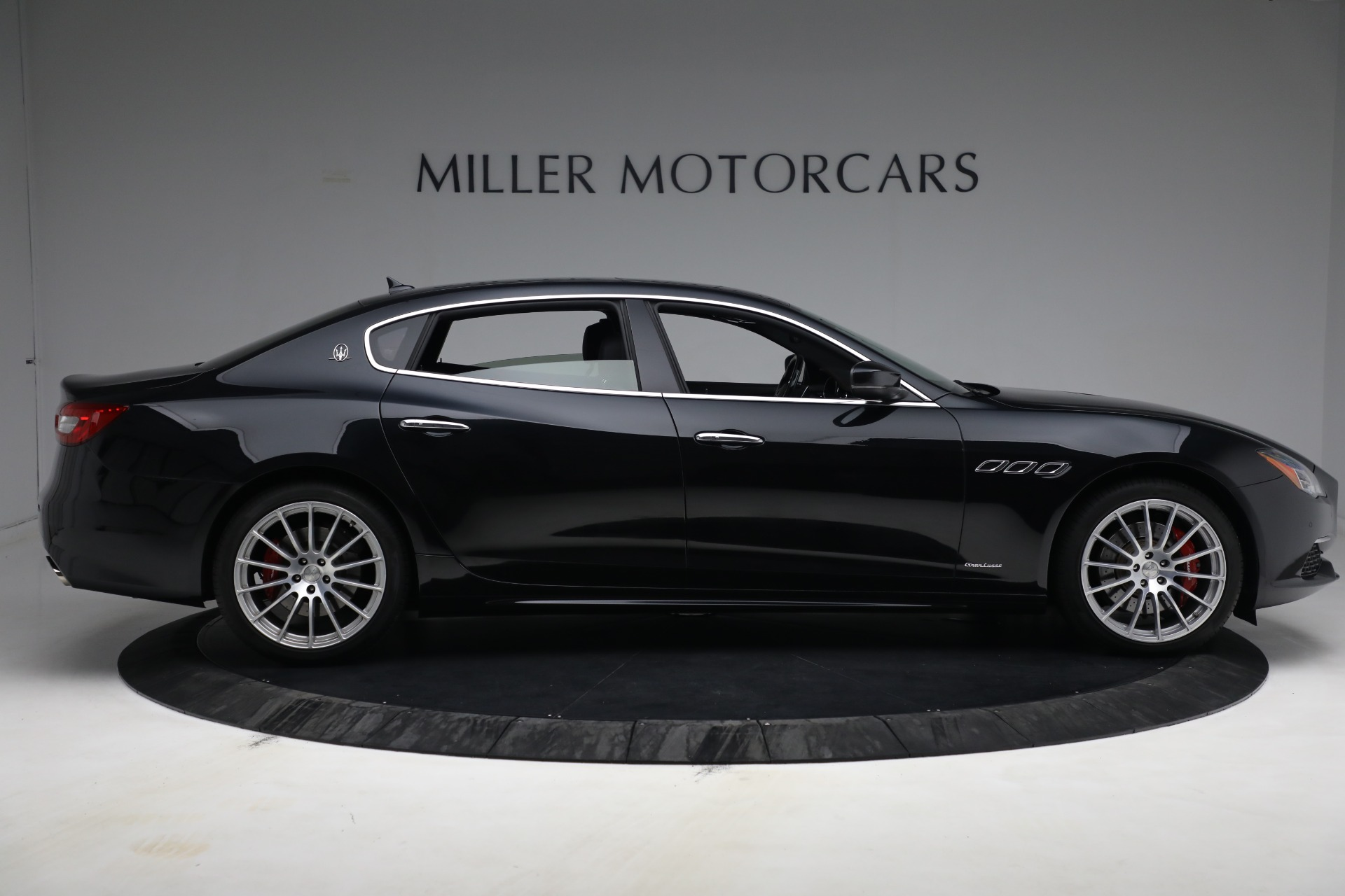 New 2019 Maserati Quattroporte S Q4 GranLusso For Sale In Greenwich, CT 2619_p9