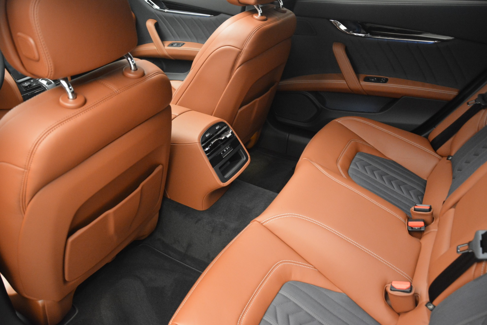New 2019 Maserati Quattroporte S Q4 GranLusso For Sale In Greenwich, CT 2620_p17