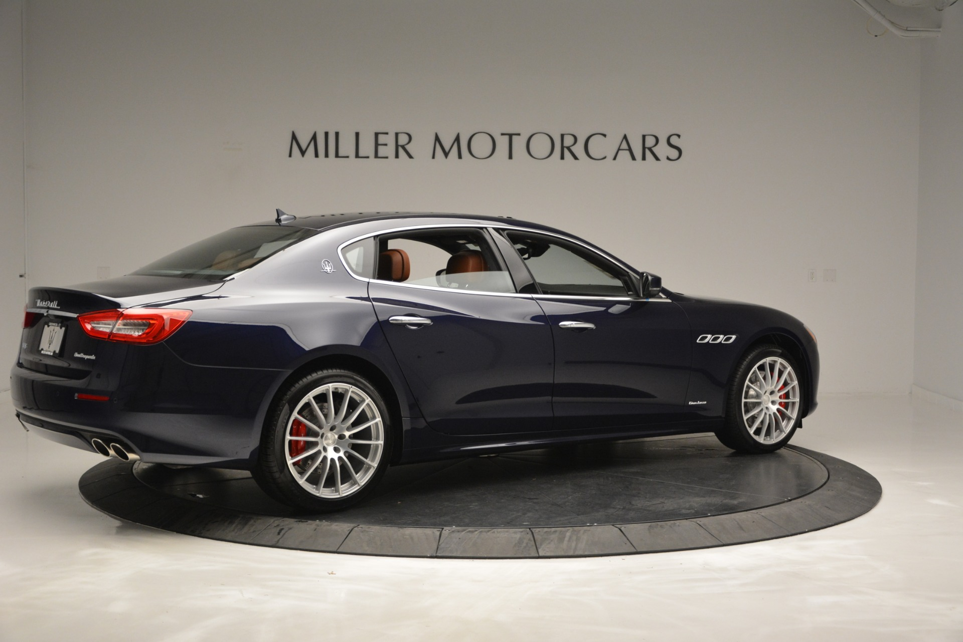 New 2019 Maserati Quattroporte S Q4 GranLusso For Sale In Greenwich, CT 2620_p8