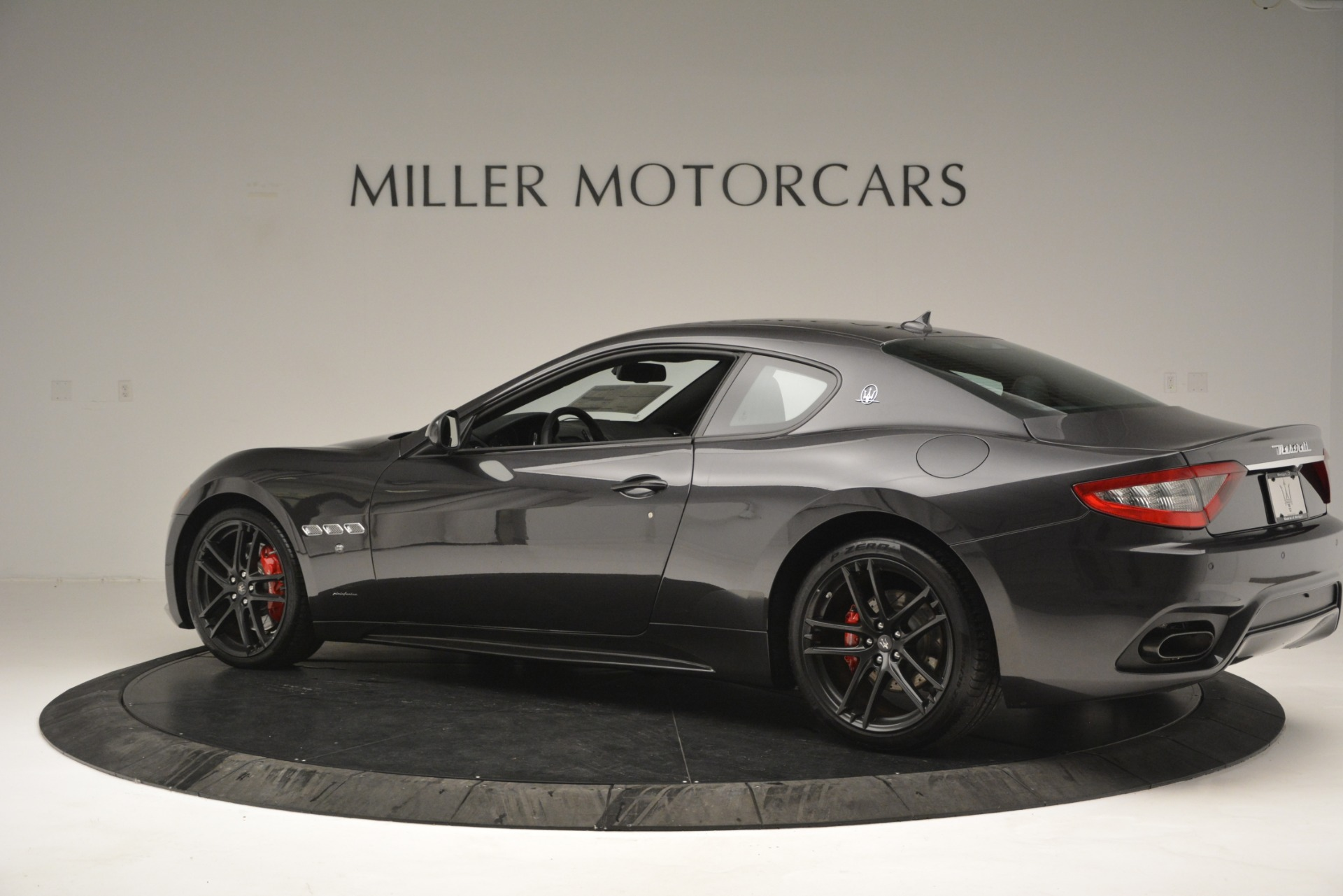 New 2018 Maserati GranTurismo Sport For Sale In Greenwich, CT 2621_p4