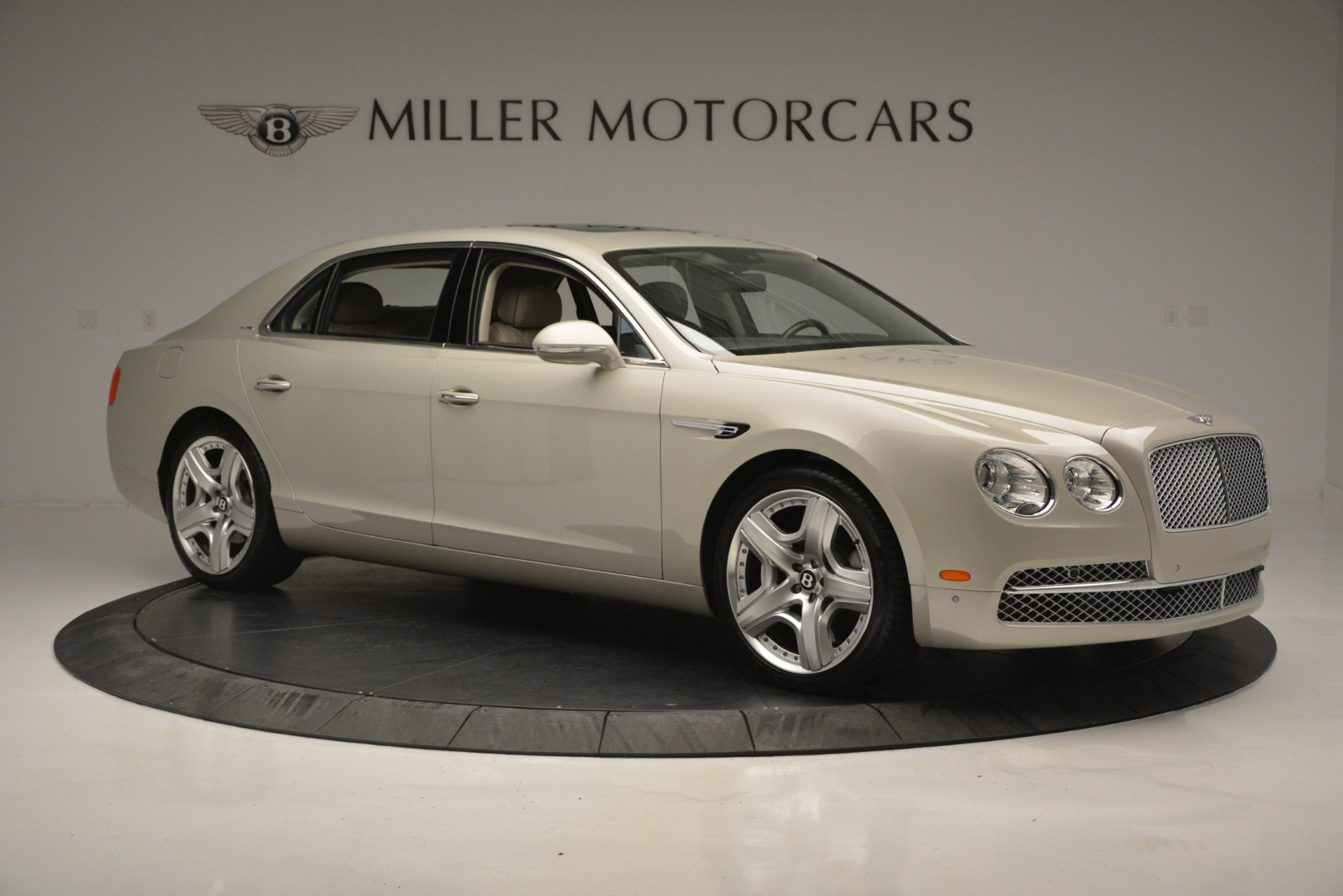 Used 2014 Bentley Flying Spur W12 For Sale In Greenwich, CT 2624_p10
