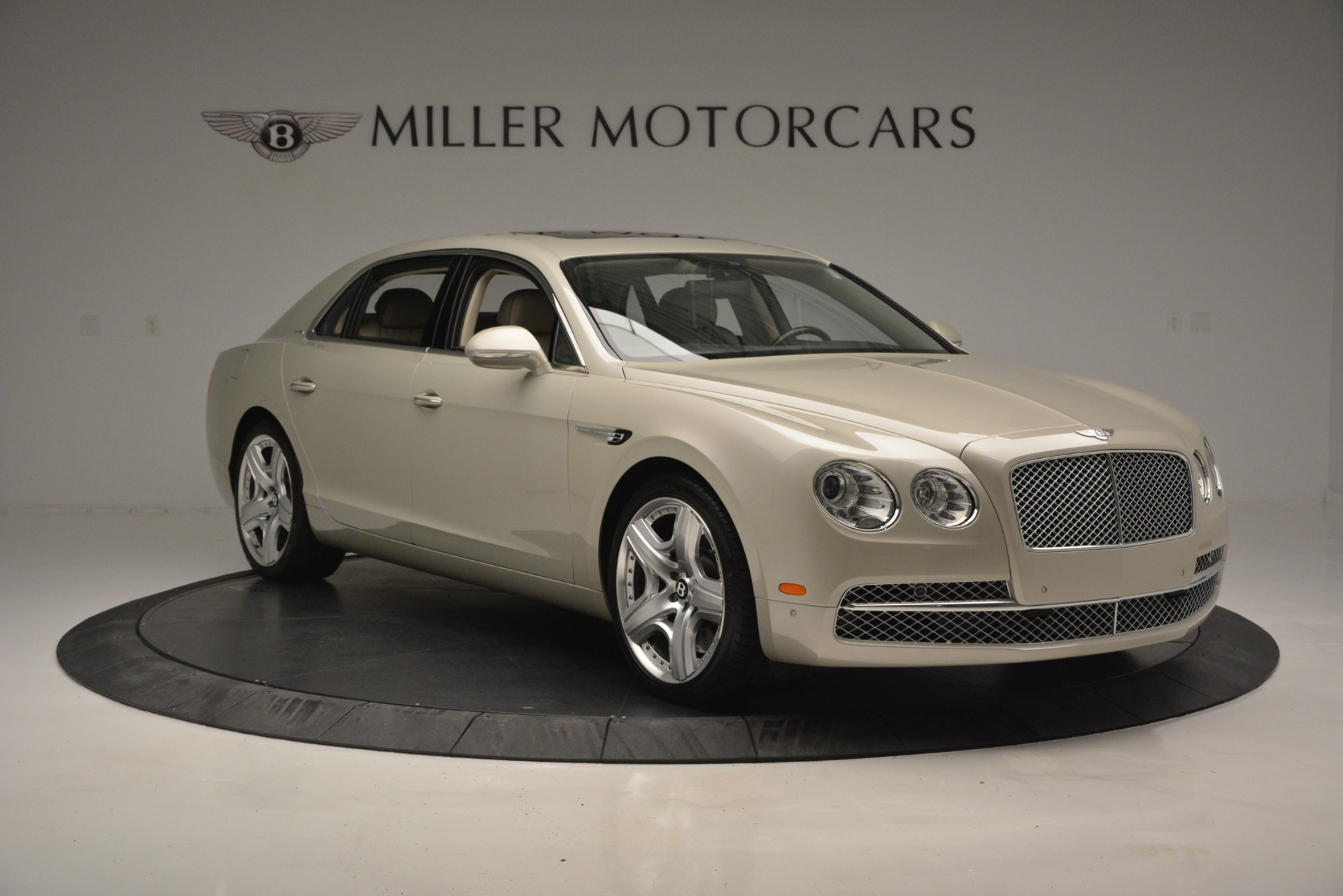 Used 2014 Bentley Flying Spur W12 For Sale In Greenwich, CT 2624_p11