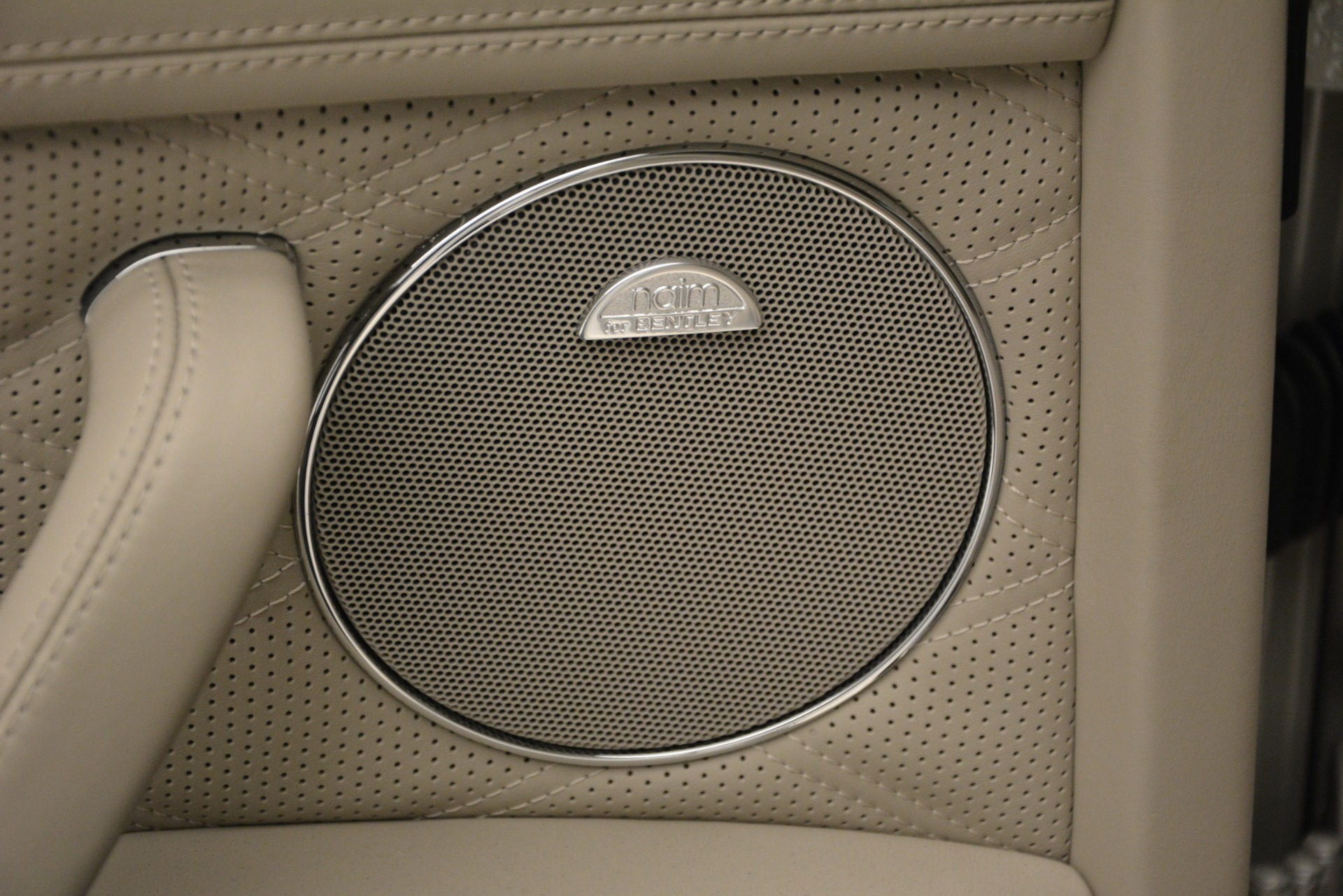 Used 2014 Bentley Flying Spur W12 For Sale In Greenwich, CT 2624_p16