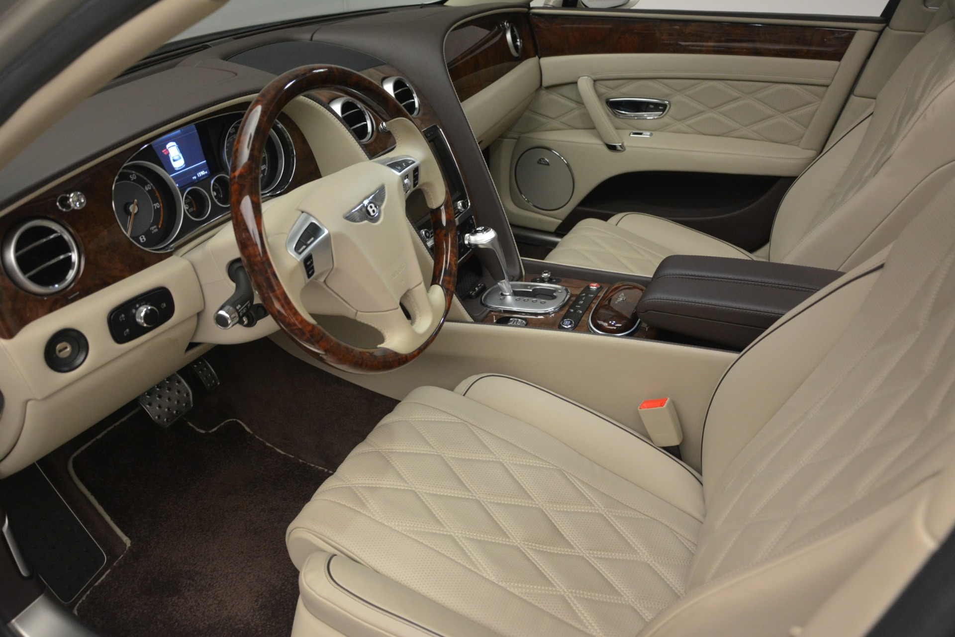 Used 2014 Bentley Flying Spur W12 For Sale In Greenwich, CT 2624_p17