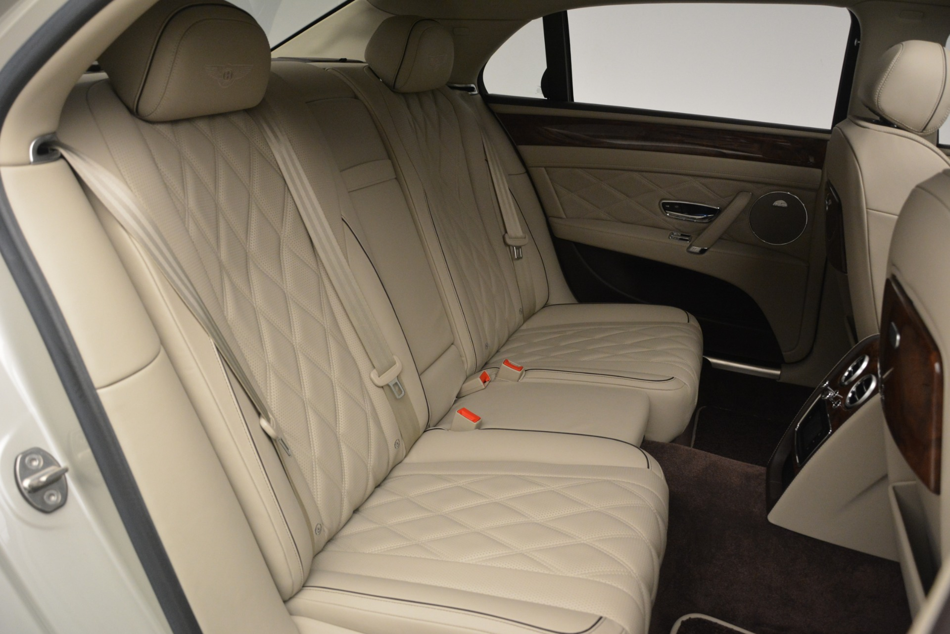 Used 2014 Bentley Flying Spur W12 For Sale In Greenwich, CT 2624_p31