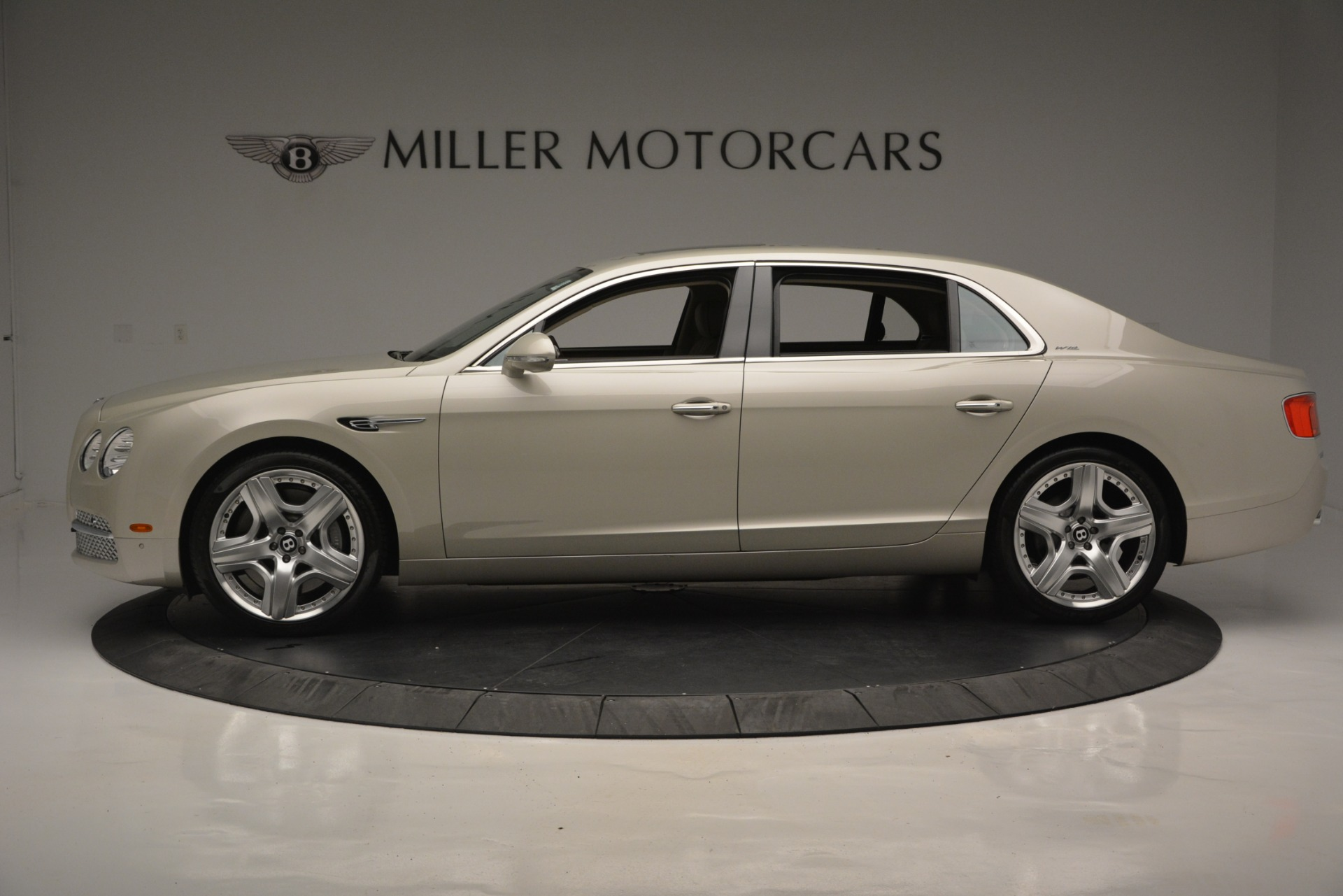 Used 2014 Bentley Flying Spur W12 For Sale In Greenwich, CT 2624_p3