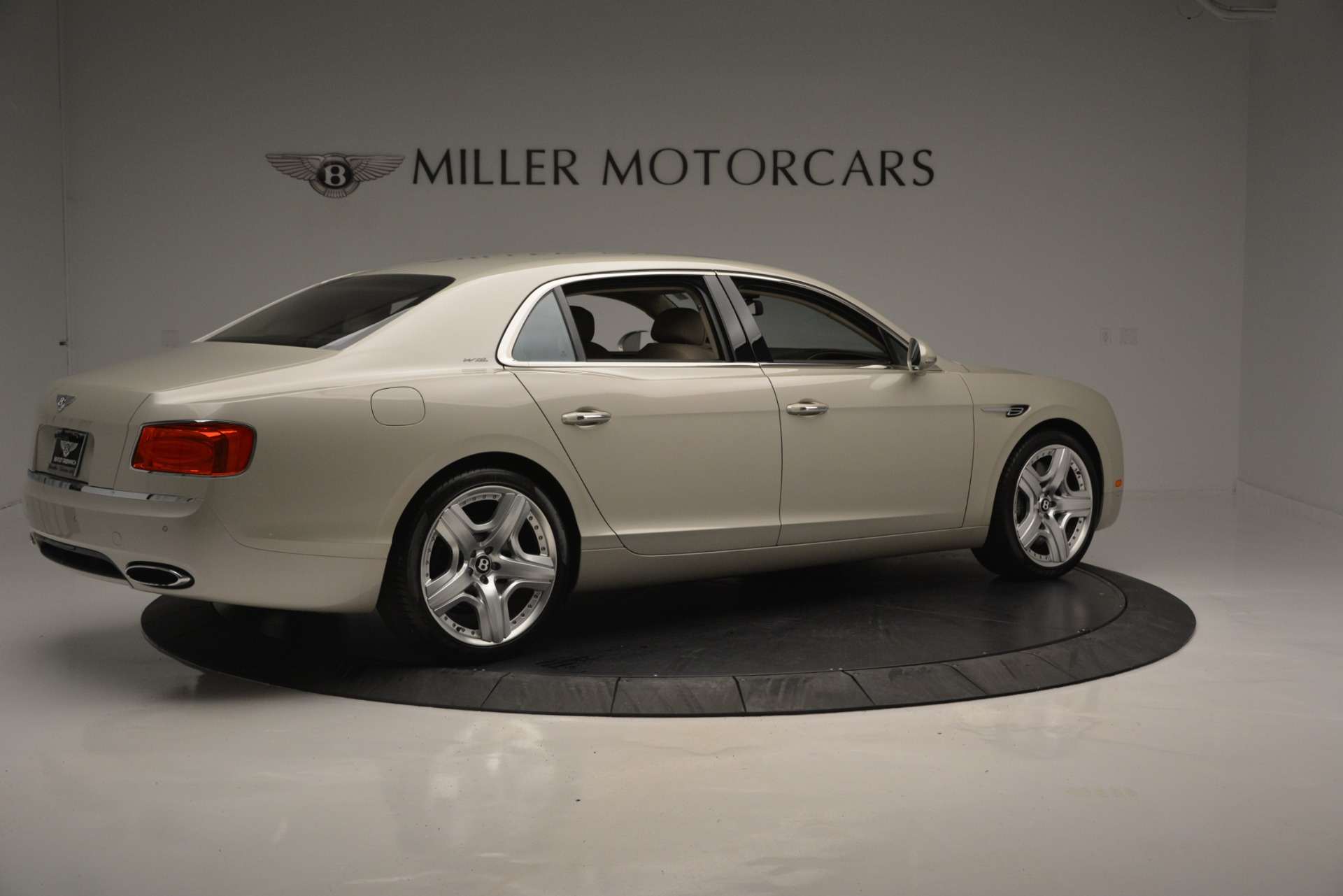 Used 2014 Bentley Flying Spur W12 For Sale In Greenwich, CT 2624_p8
