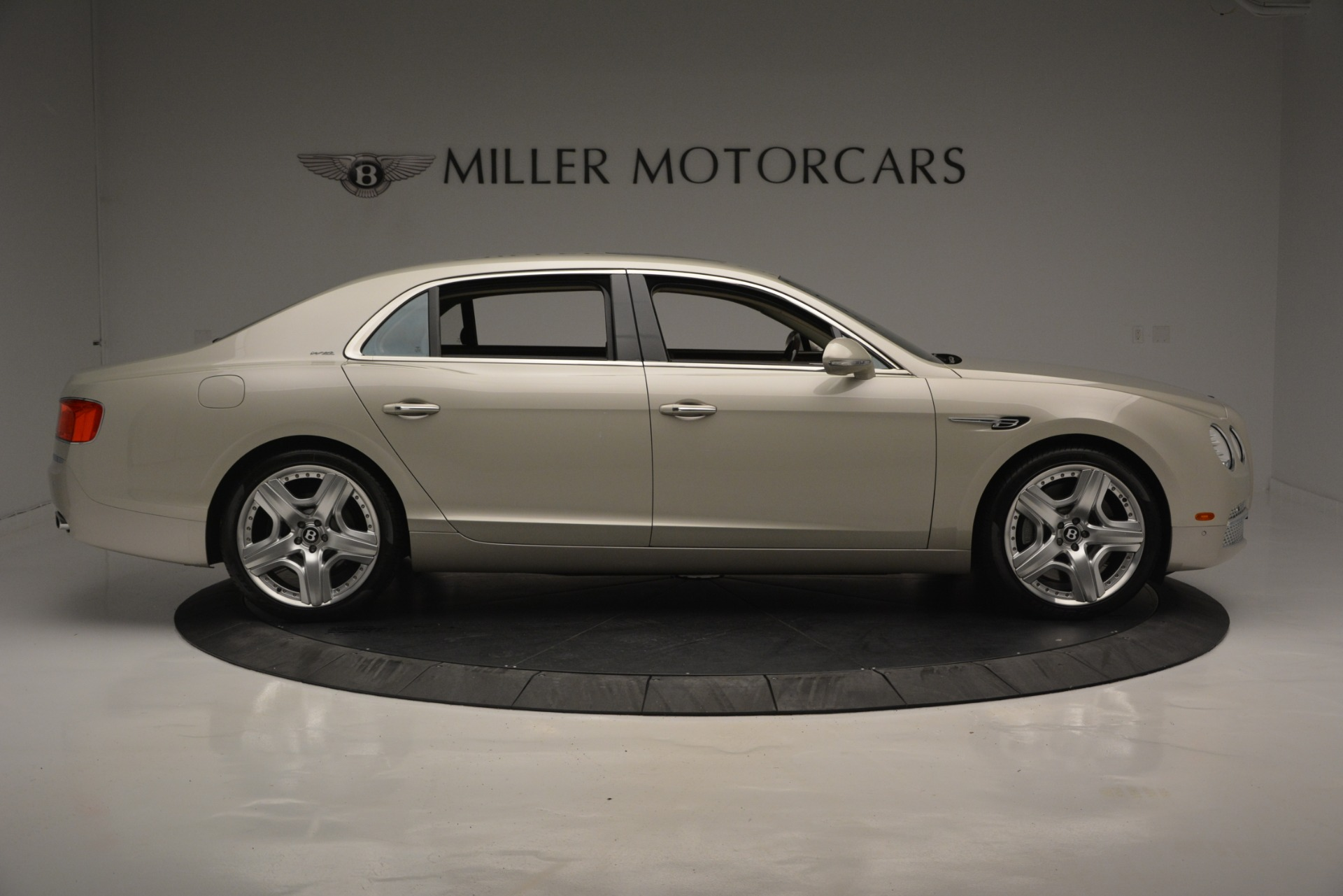 Used 2014 Bentley Flying Spur W12 For Sale In Greenwich, CT 2624_p9