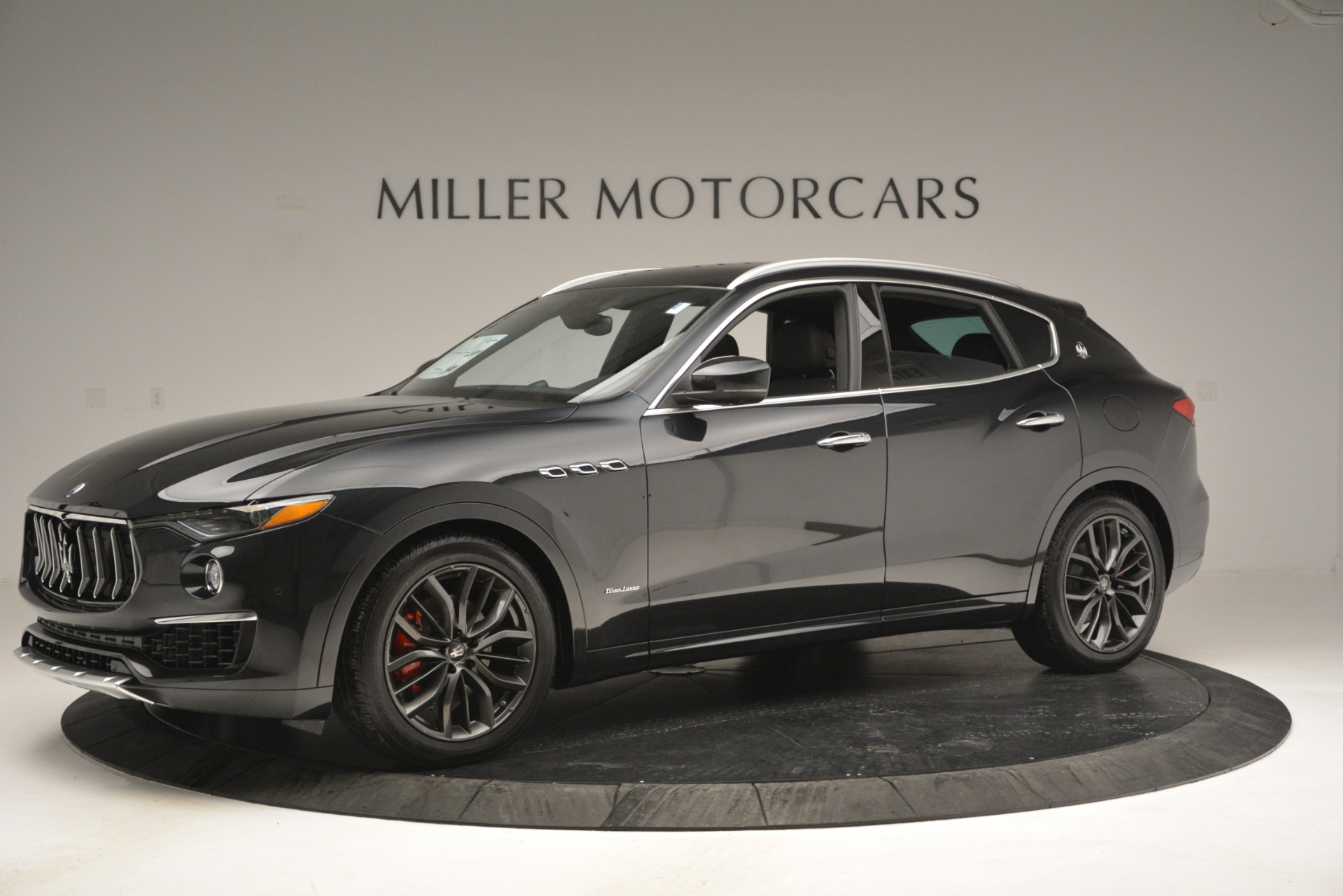New 2019 Maserati Levante Q4 GranLusso For Sale In Greenwich, CT 2638_p2