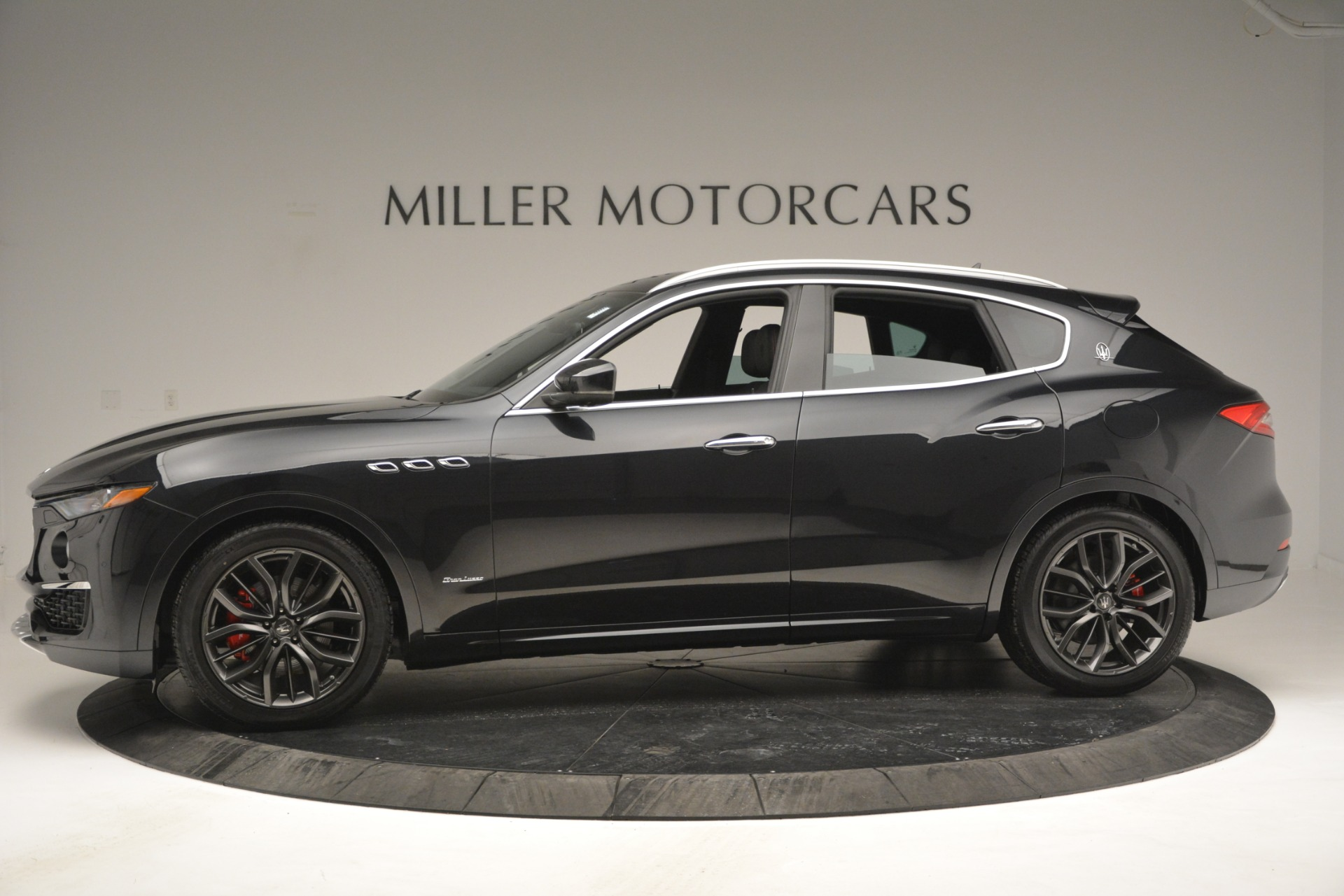 New 2019 Maserati Levante Q4 GranLusso For Sale In Greenwich, CT 2638_p3