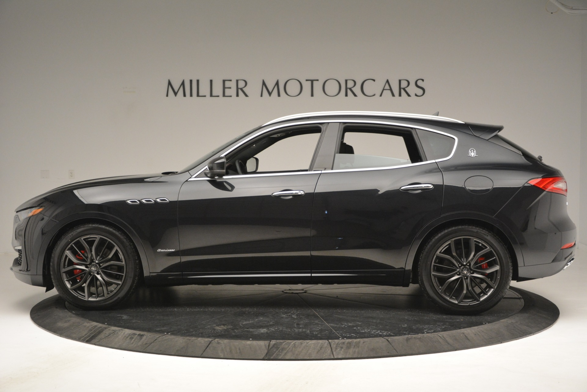 New 2019 Maserati Levante Q4 GranLusso For Sale In Greenwich, CT 2638_p4