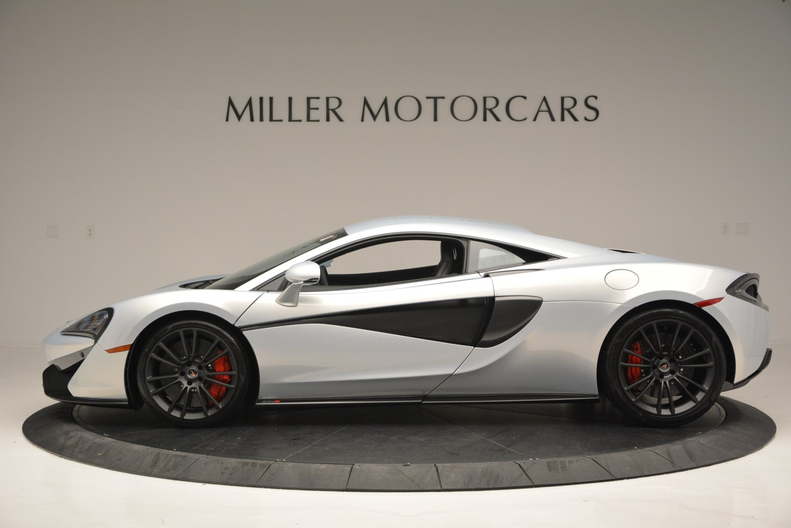 Used 2017 McLaren 570S Coupe For Sale In Greenwich, CT 2642_p3