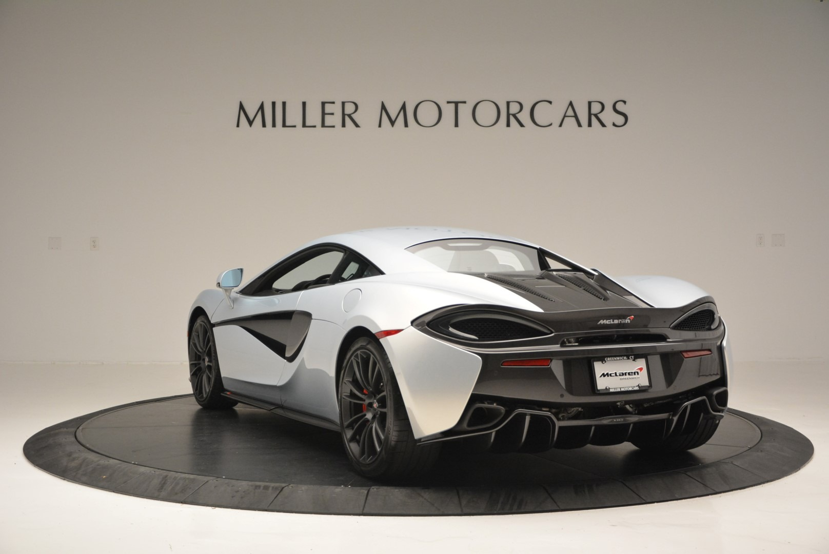 Used 2017 McLaren 570S Coupe For Sale In Greenwich, CT 2642_p5