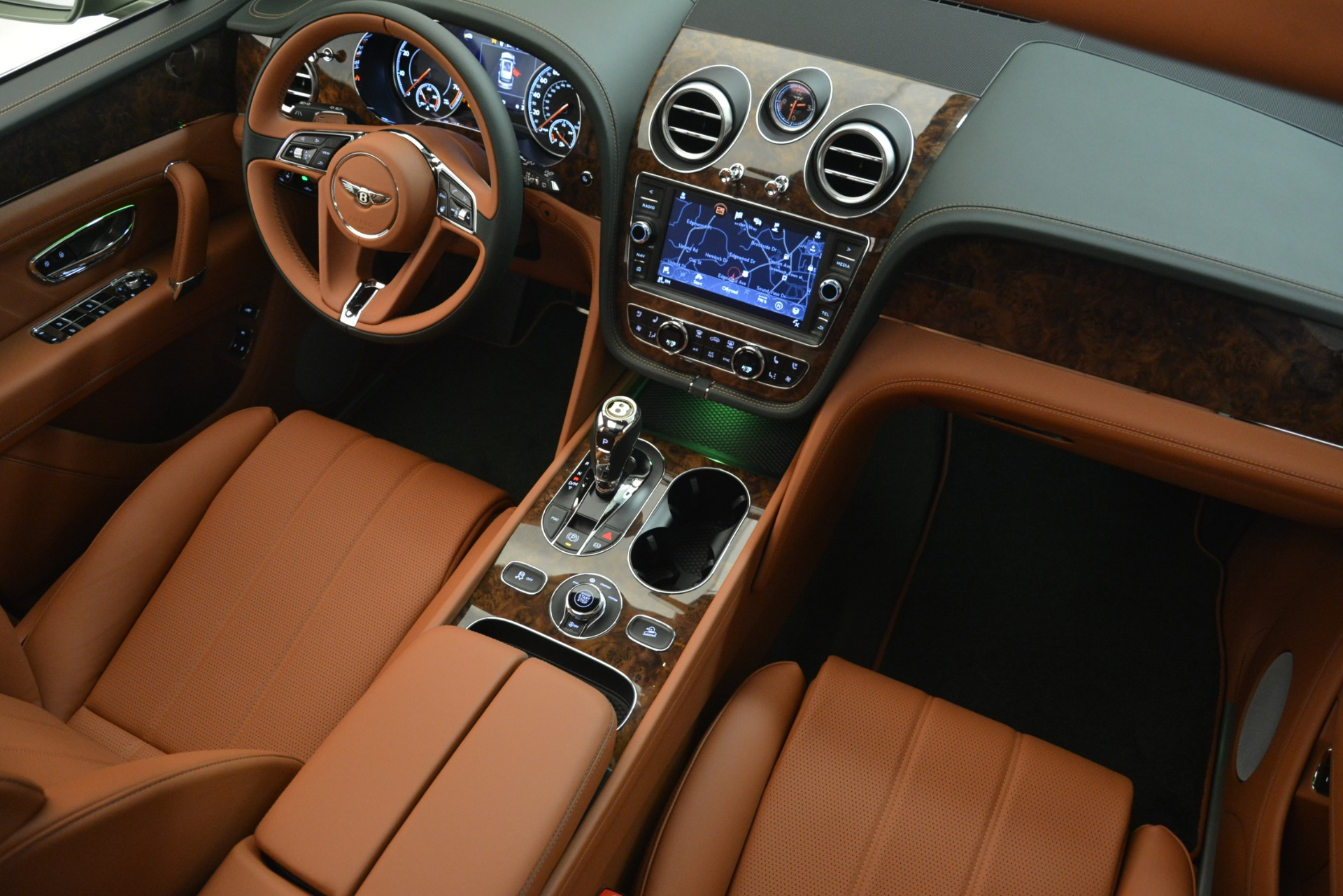 New 2019 Bentley Bentayga V8 For Sale In Greenwich, CT 2644_p29