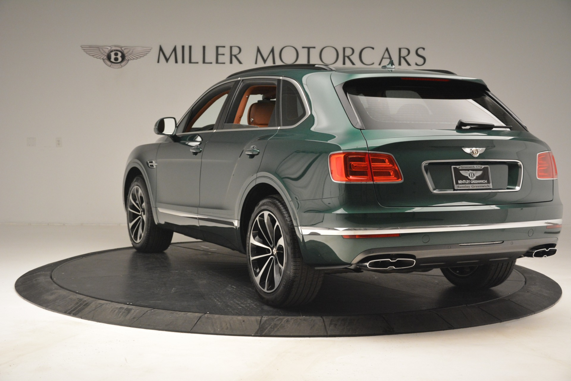 New 2019 Bentley Bentayga V8 For Sale In Greenwich, CT 2645_p5