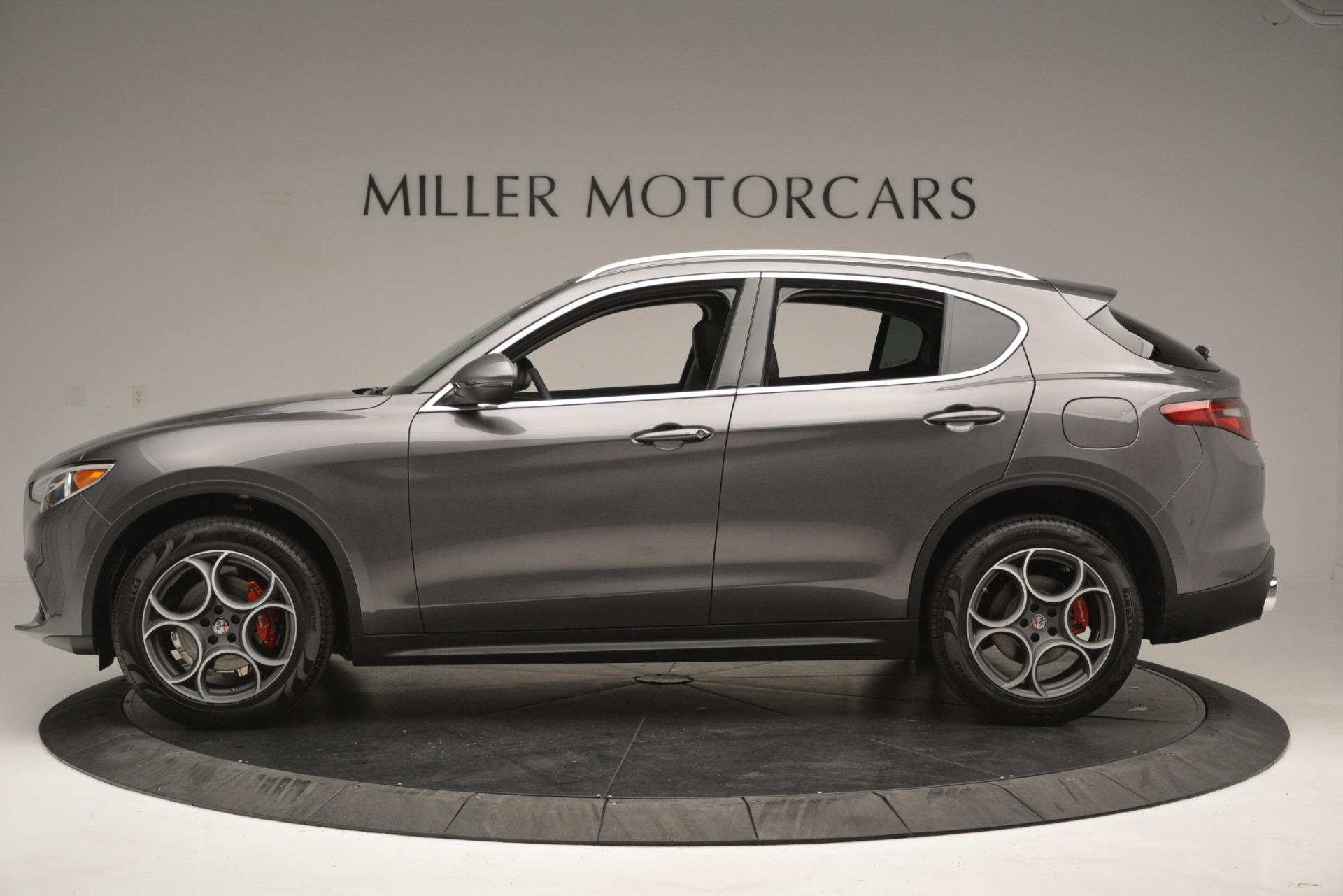 New 2019 Alfa Romeo Stelvio Q4 For Sale In Greenwich, CT 2653_p4