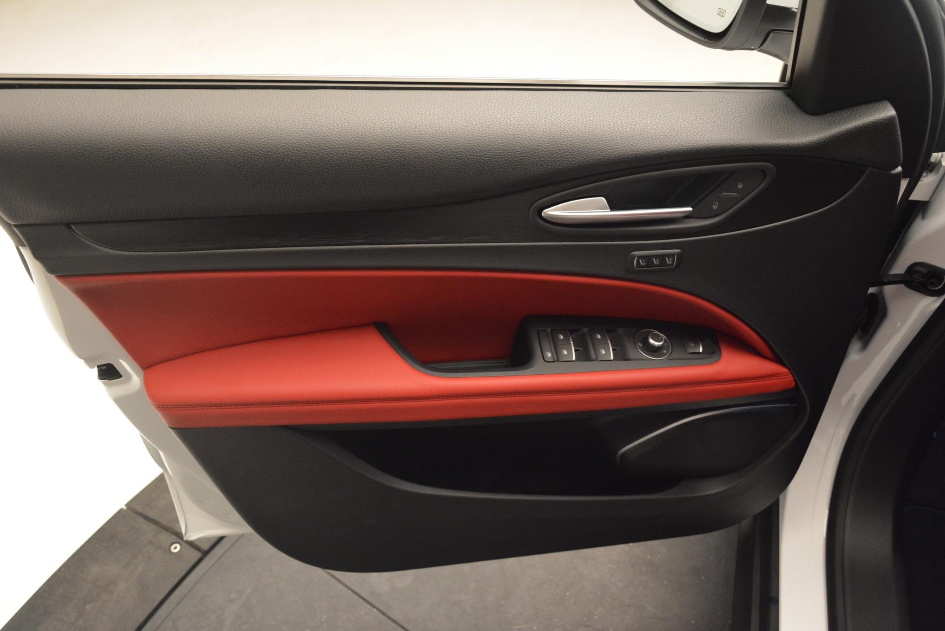 New 2019 Alfa Romeo Stelvio Q4 For Sale In Greenwich, CT 2657_p16