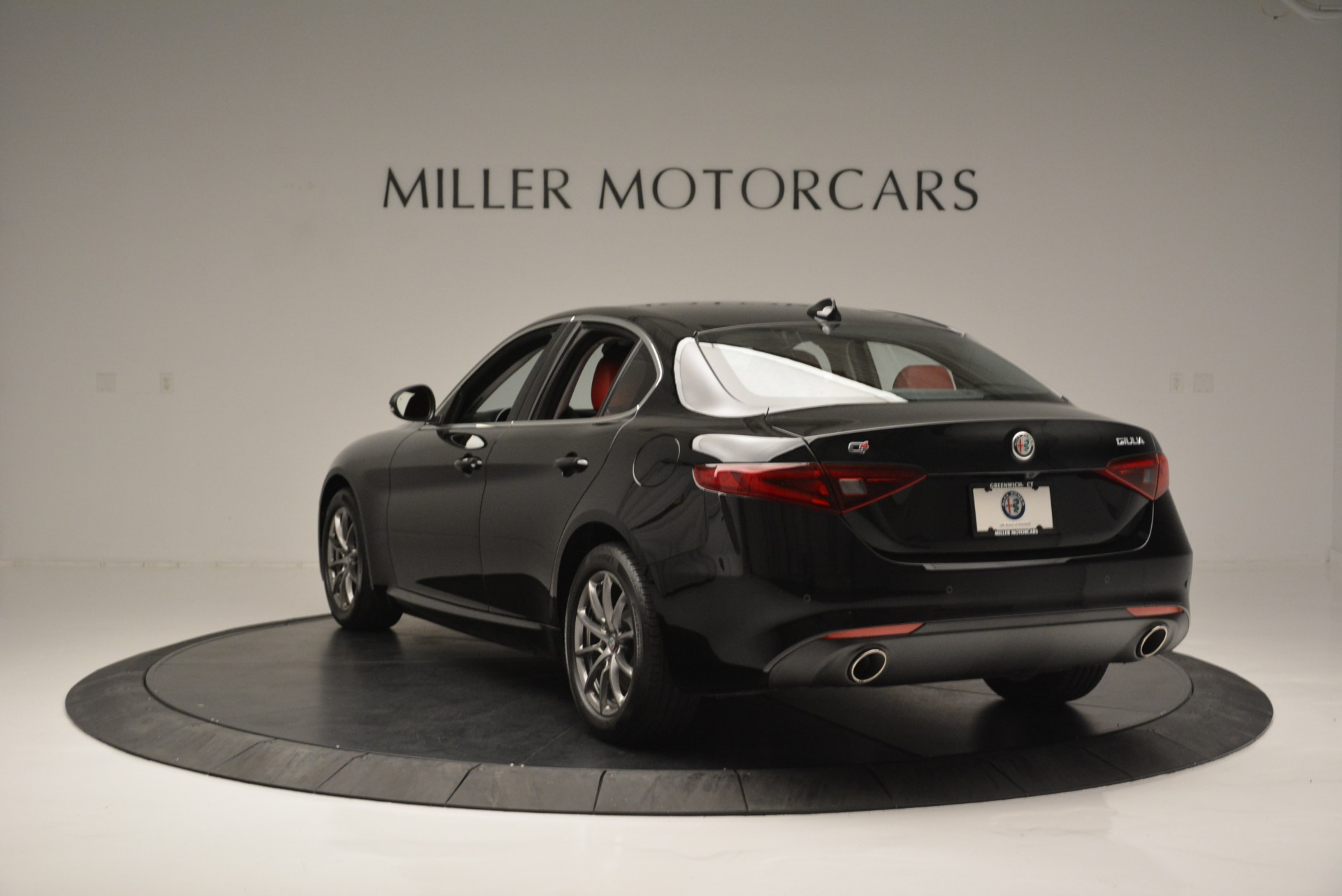 New 2019 Alfa Romeo Giulia Q4 For Sale In Greenwich, CT 2663_p5