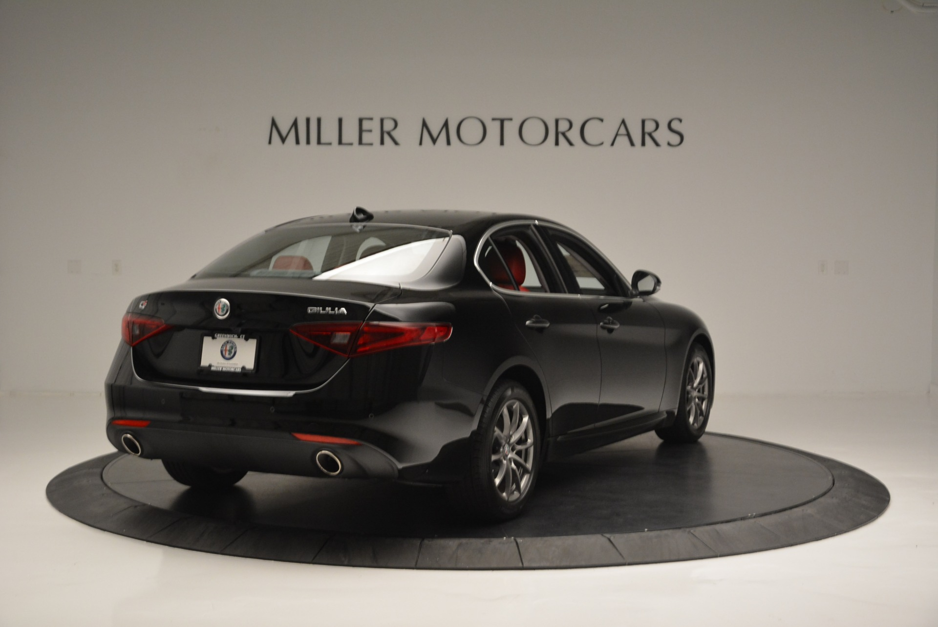New 2019 Alfa Romeo Giulia Q4 For Sale In Greenwich, CT 2663_p7