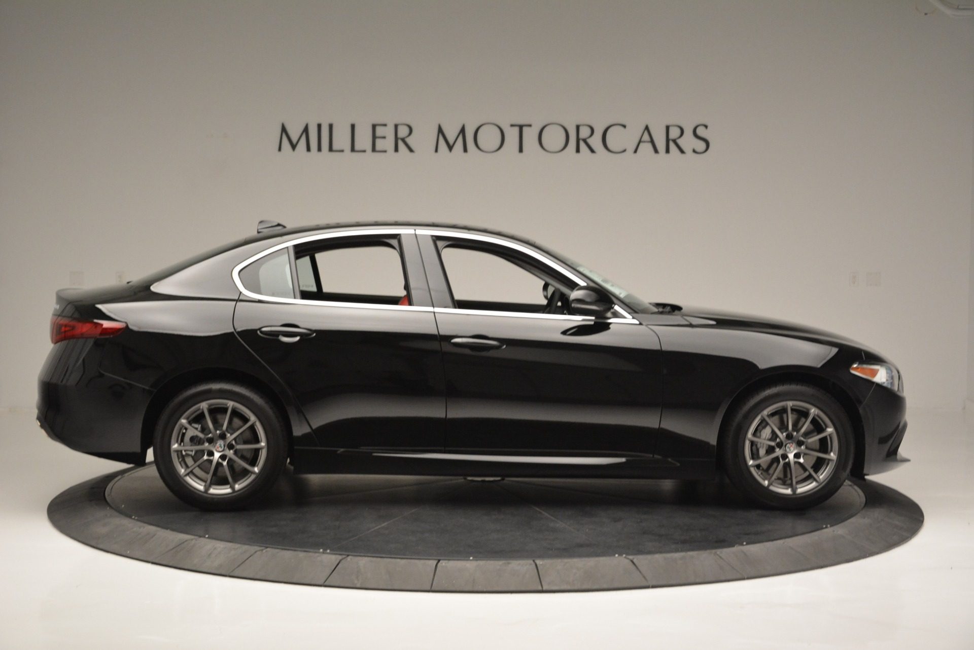 New 2019 Alfa Romeo Giulia Q4 For Sale In Greenwich, CT 2663_p9