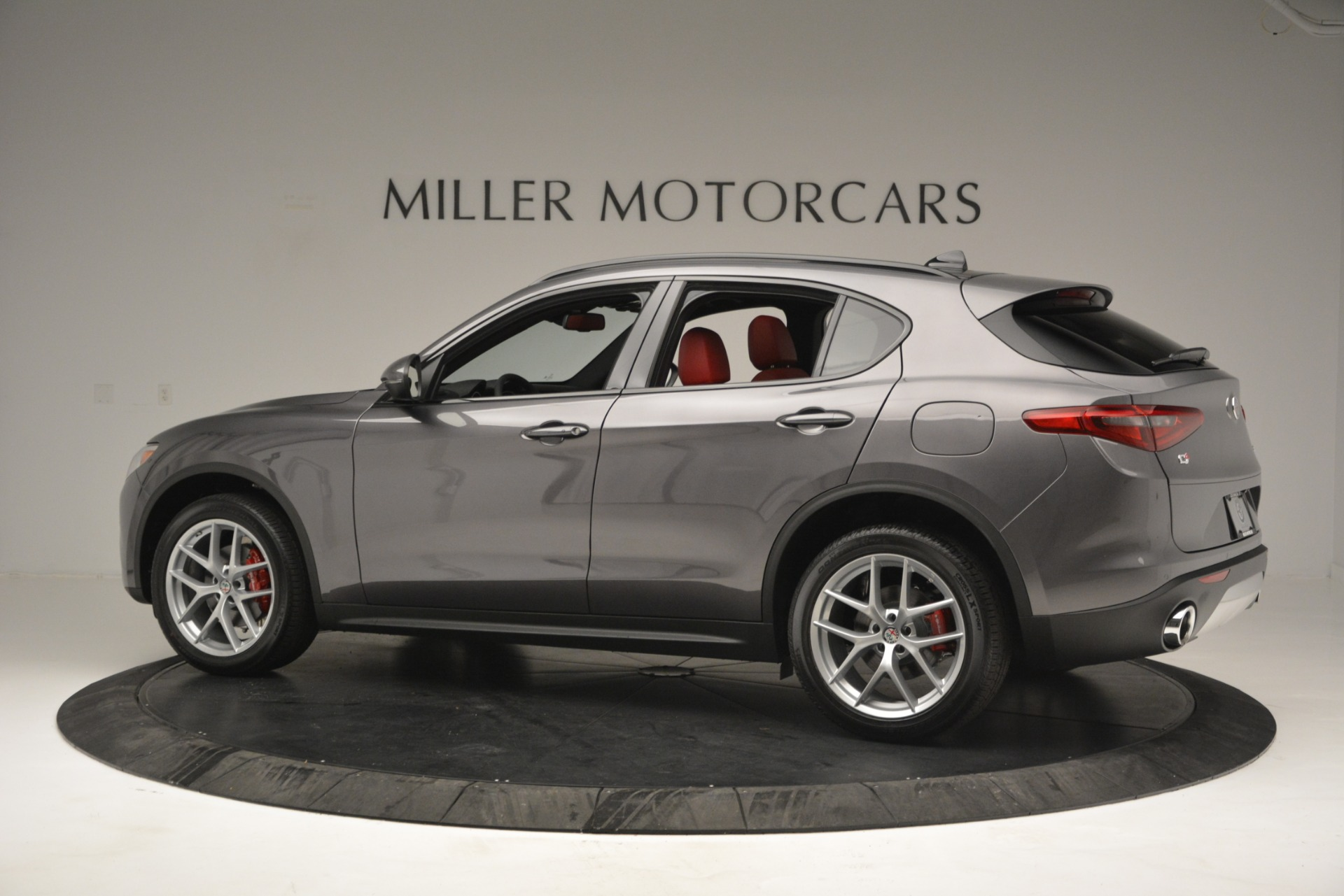 New 2019 Alfa Romeo Stelvio Ti Sport Q4 For Sale In Greenwich, CT 2668_p4