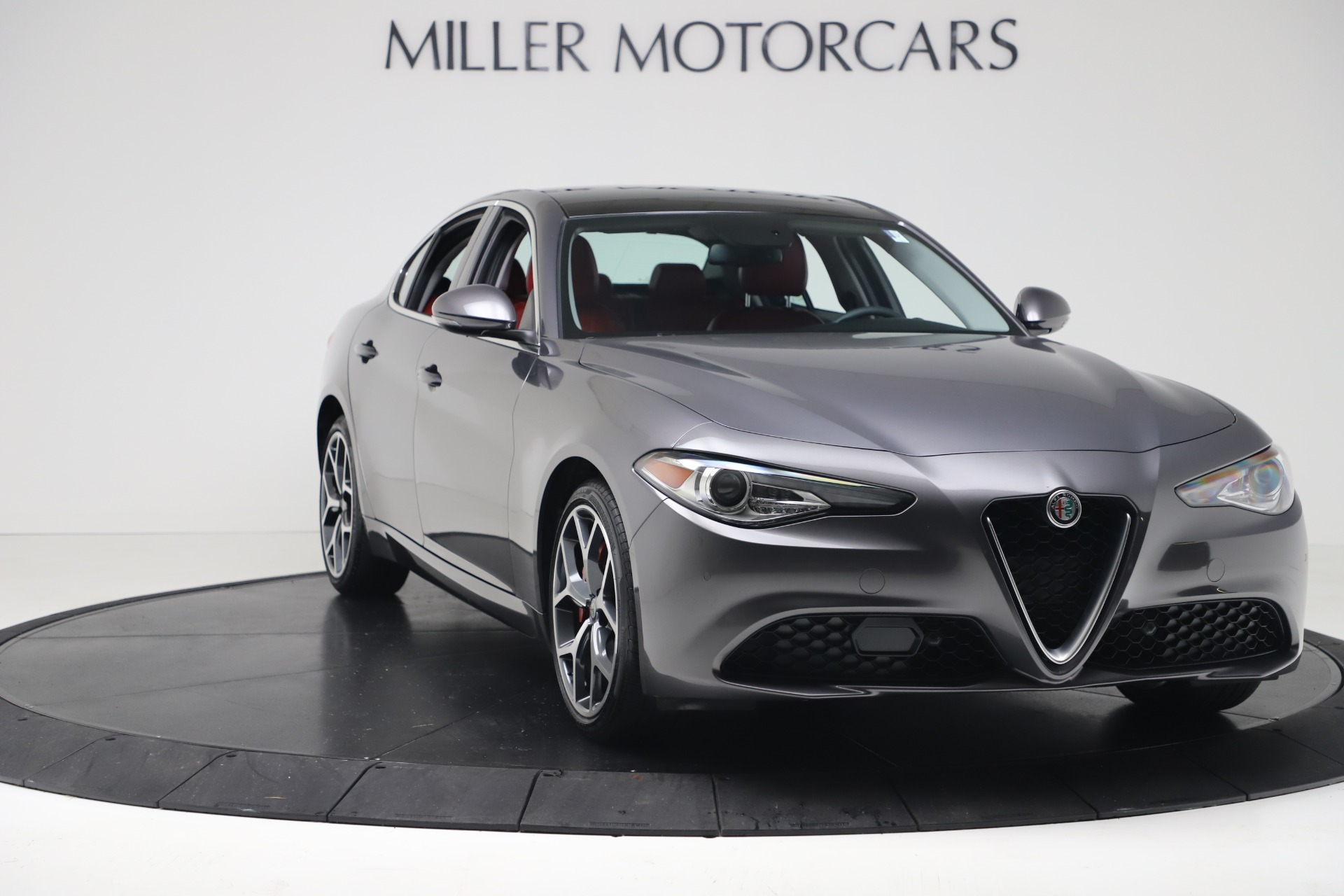 New 2019 Alfa Romeo Giulia Q4 For Sale In Greenwich, CT 2669_p11