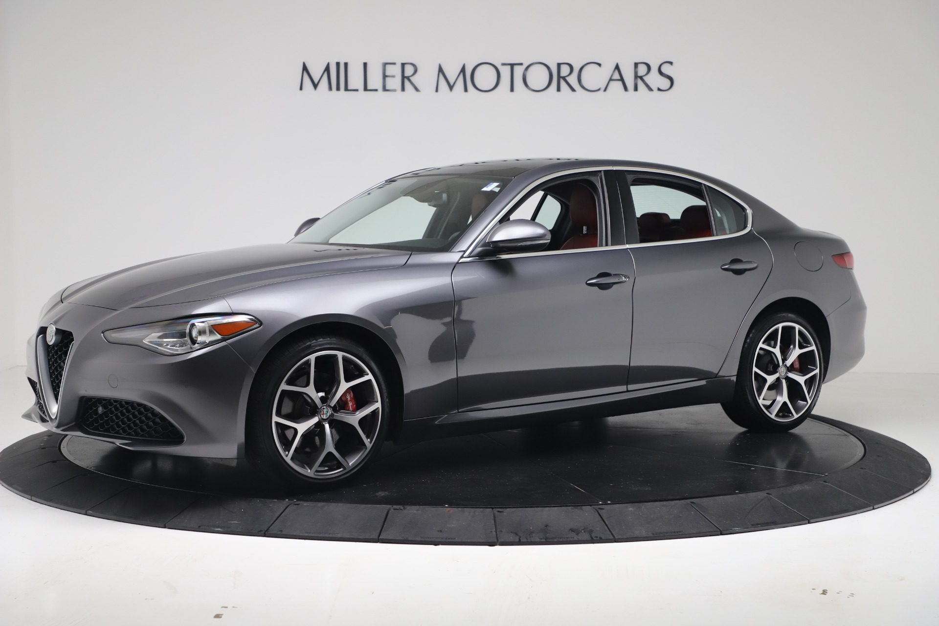 New 2019 Alfa Romeo Giulia Q4 For Sale In Greenwich, CT 2669_p2
