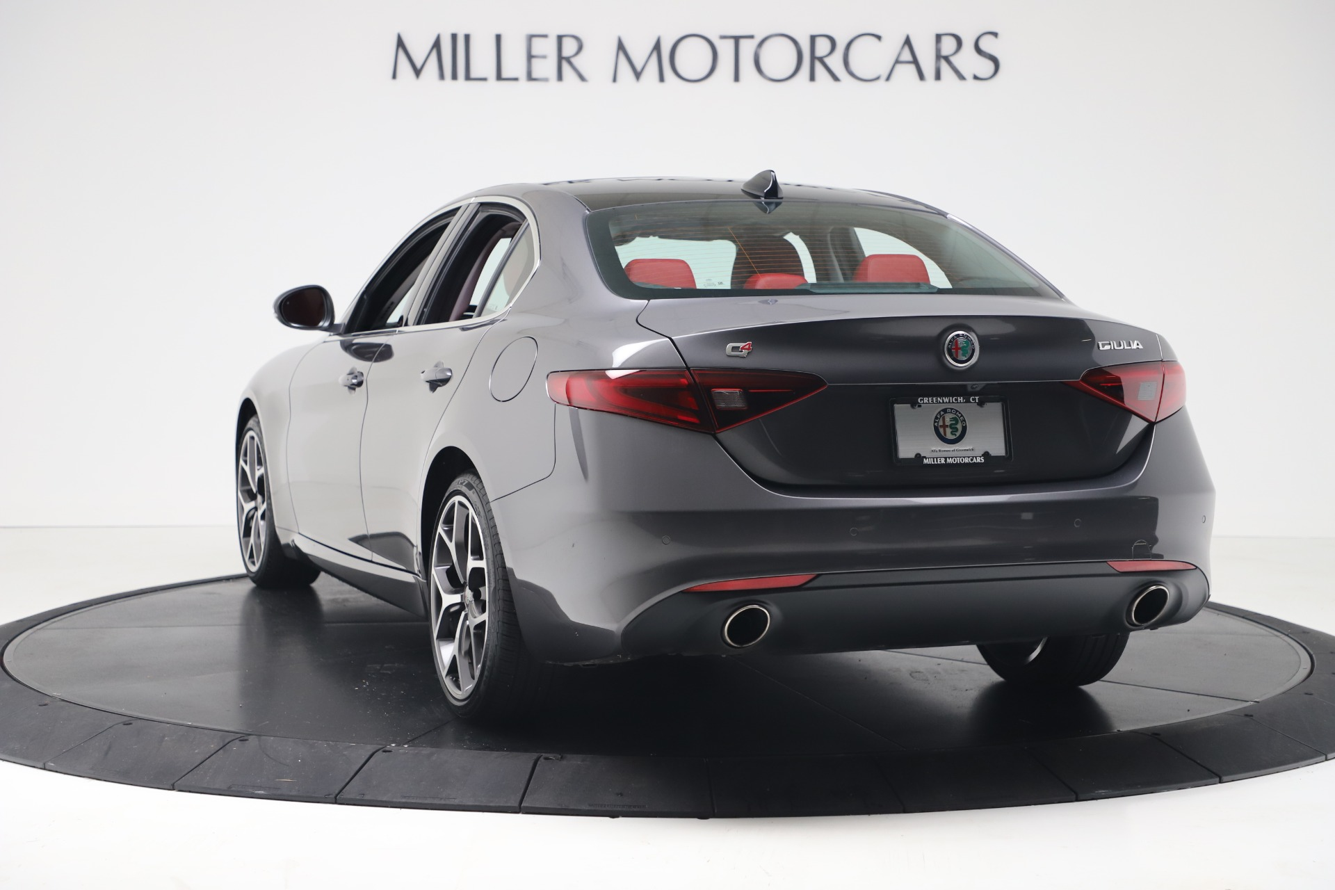 New 2019 Alfa Romeo Giulia Q4 For Sale In Greenwich, CT 2669_p5