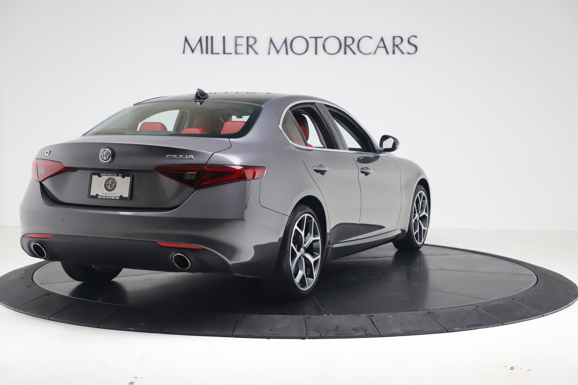New 2019 Alfa Romeo Giulia Q4 For Sale In Greenwich, CT 2669_p7