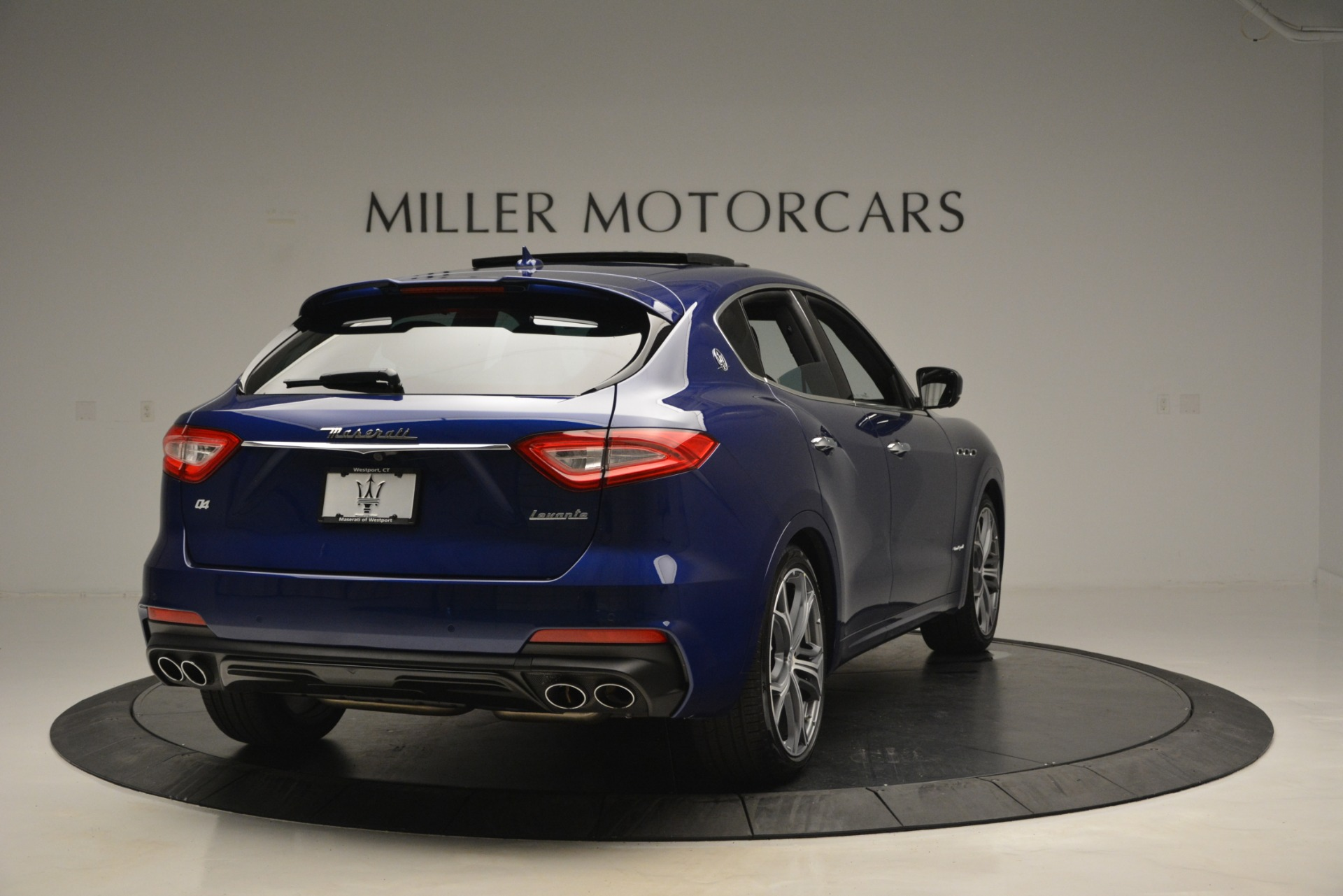 New 2019 Maserati Levante Q4 GranSport For Sale In Greenwich, CT 2670_p10