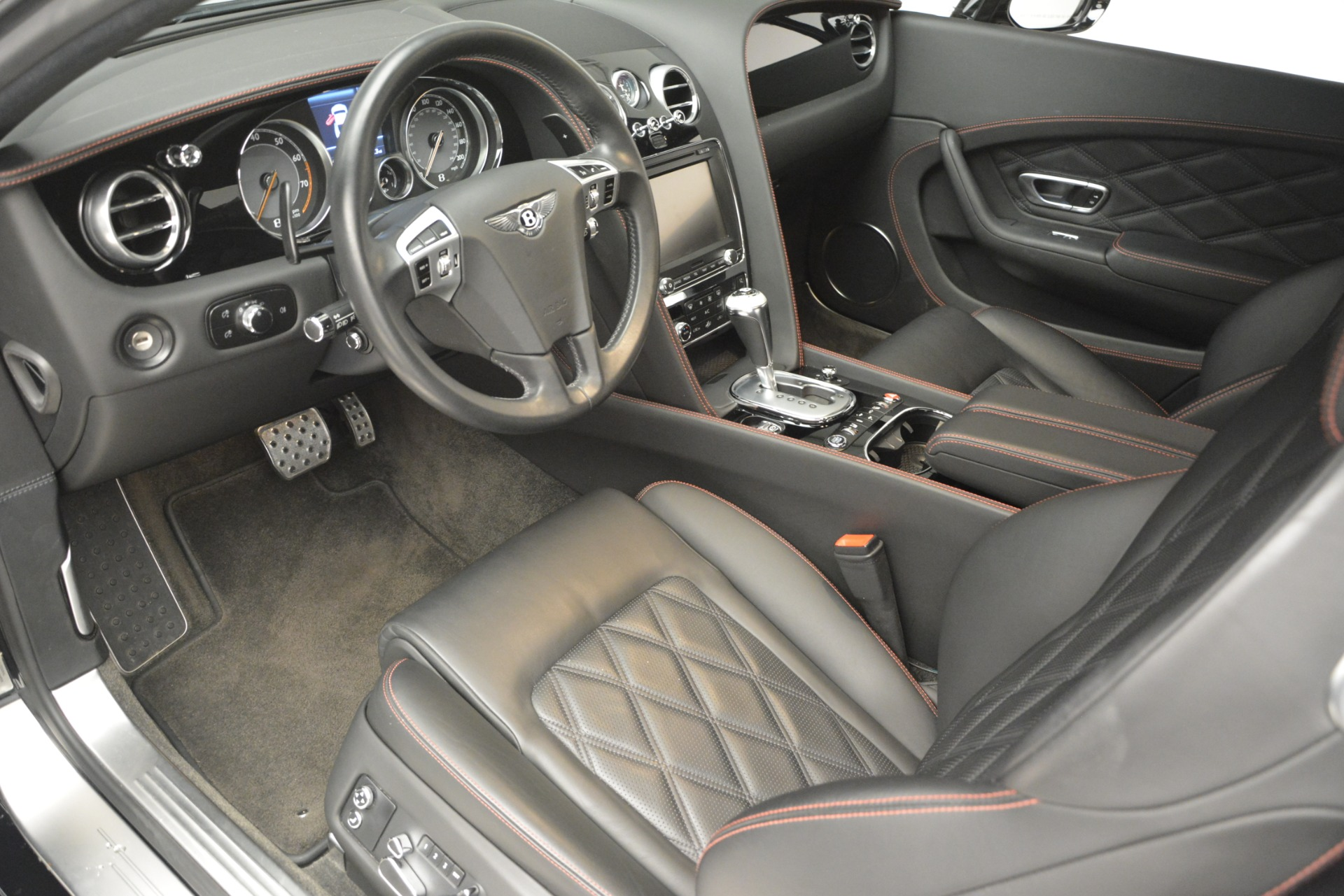 Used 2012 Bentley Continental GT W12 For Sale In Greenwich, CT 2671_p18