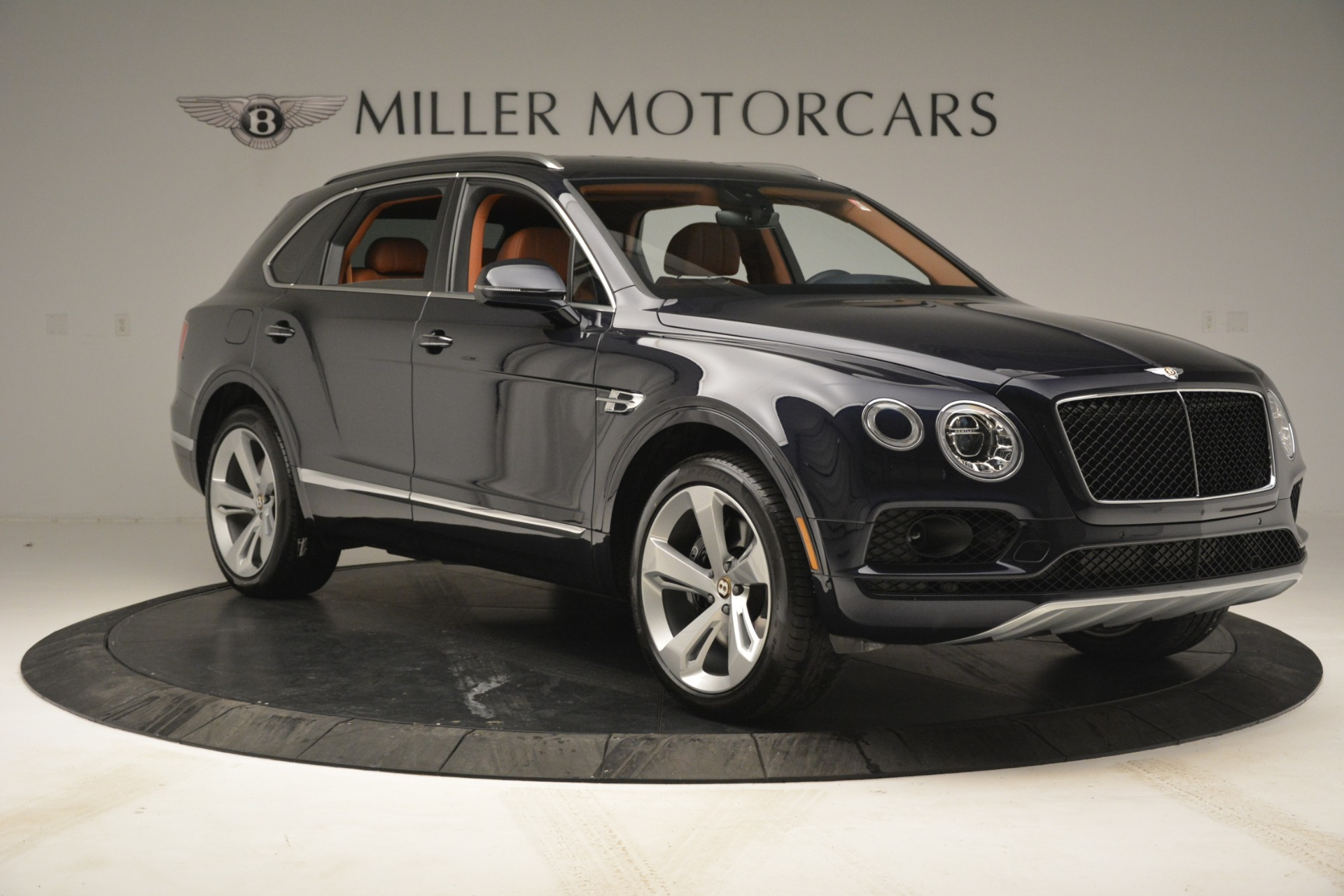 New 2019 Bentley Bentayga V8 For Sale In Greenwich, CT 2672_p11