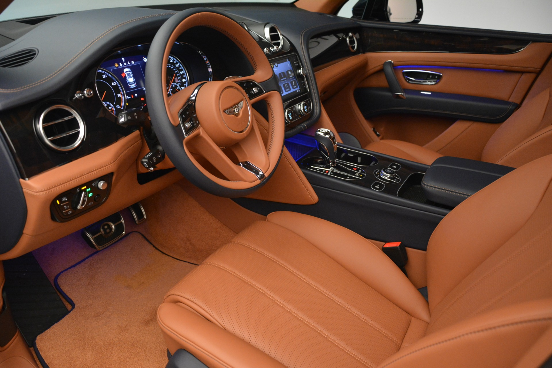 New 2019 Bentley Bentayga V8 For Sale In Greenwich, CT 2672_p17