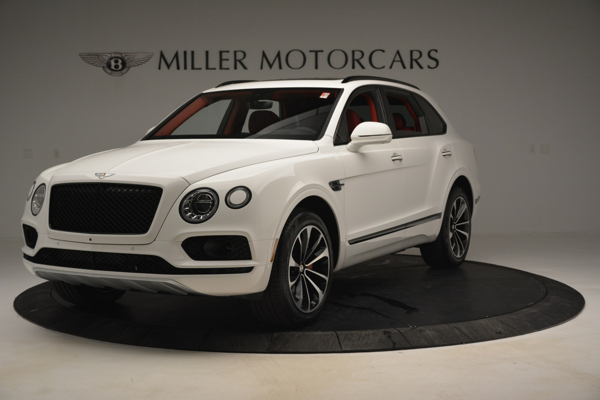 New 2019 Bentley Bentayga V8 For Sale In Greenwich, CT 2673_main