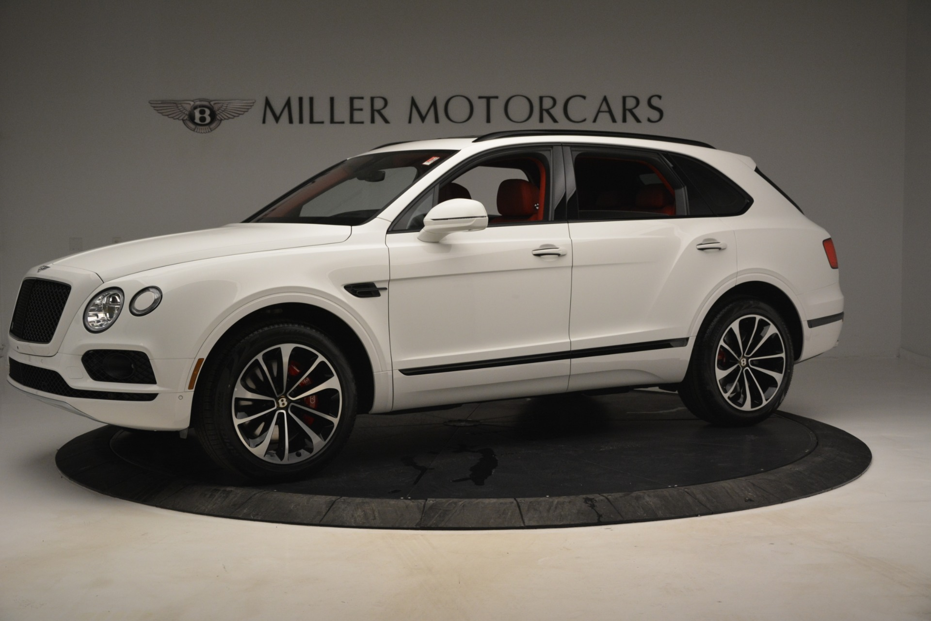 New 2019 Bentley Bentayga V8 For Sale In Greenwich, CT 2673_p2