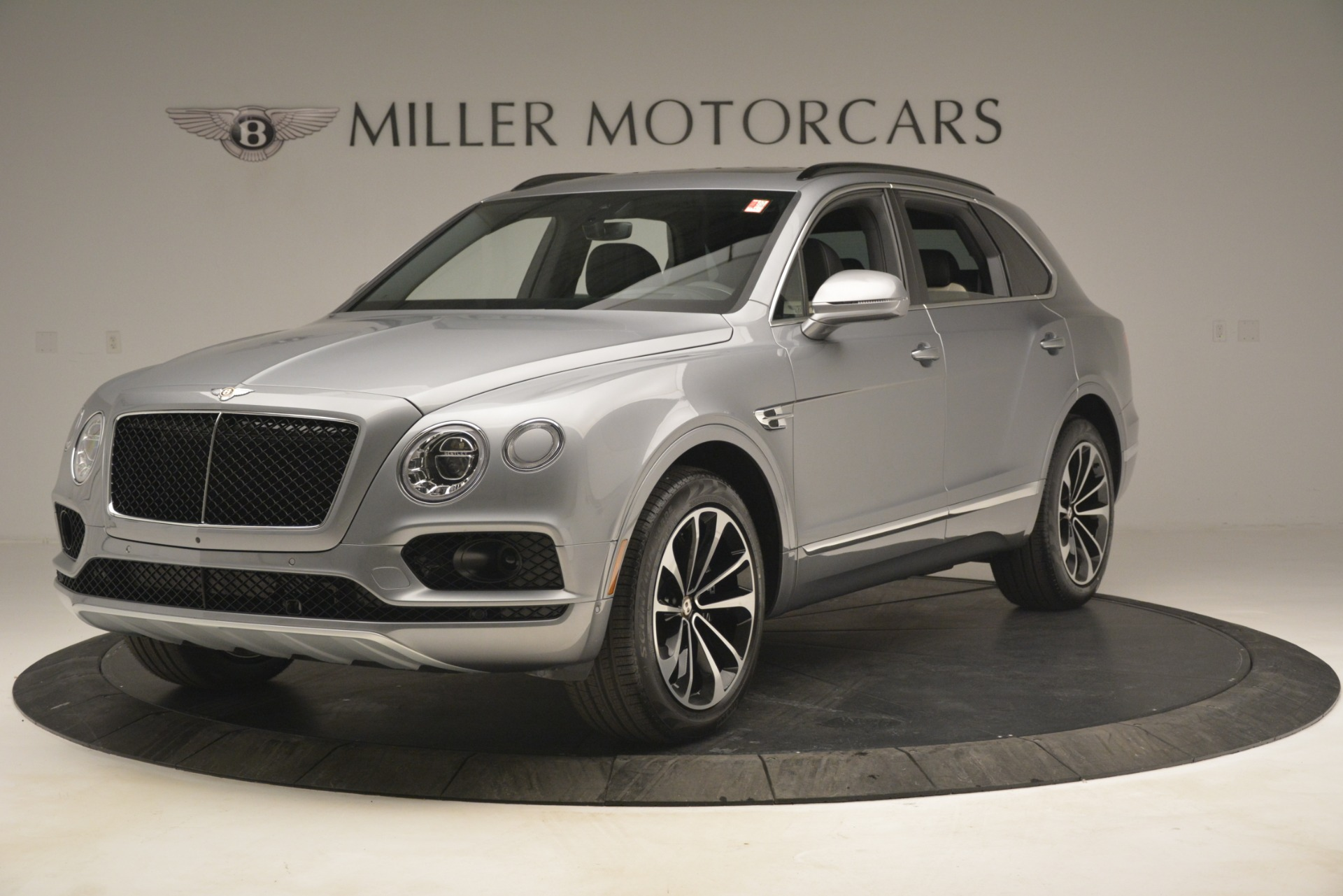 New 2019 Bentley Bentayga V8 For Sale In Greenwich, CT 2674_main