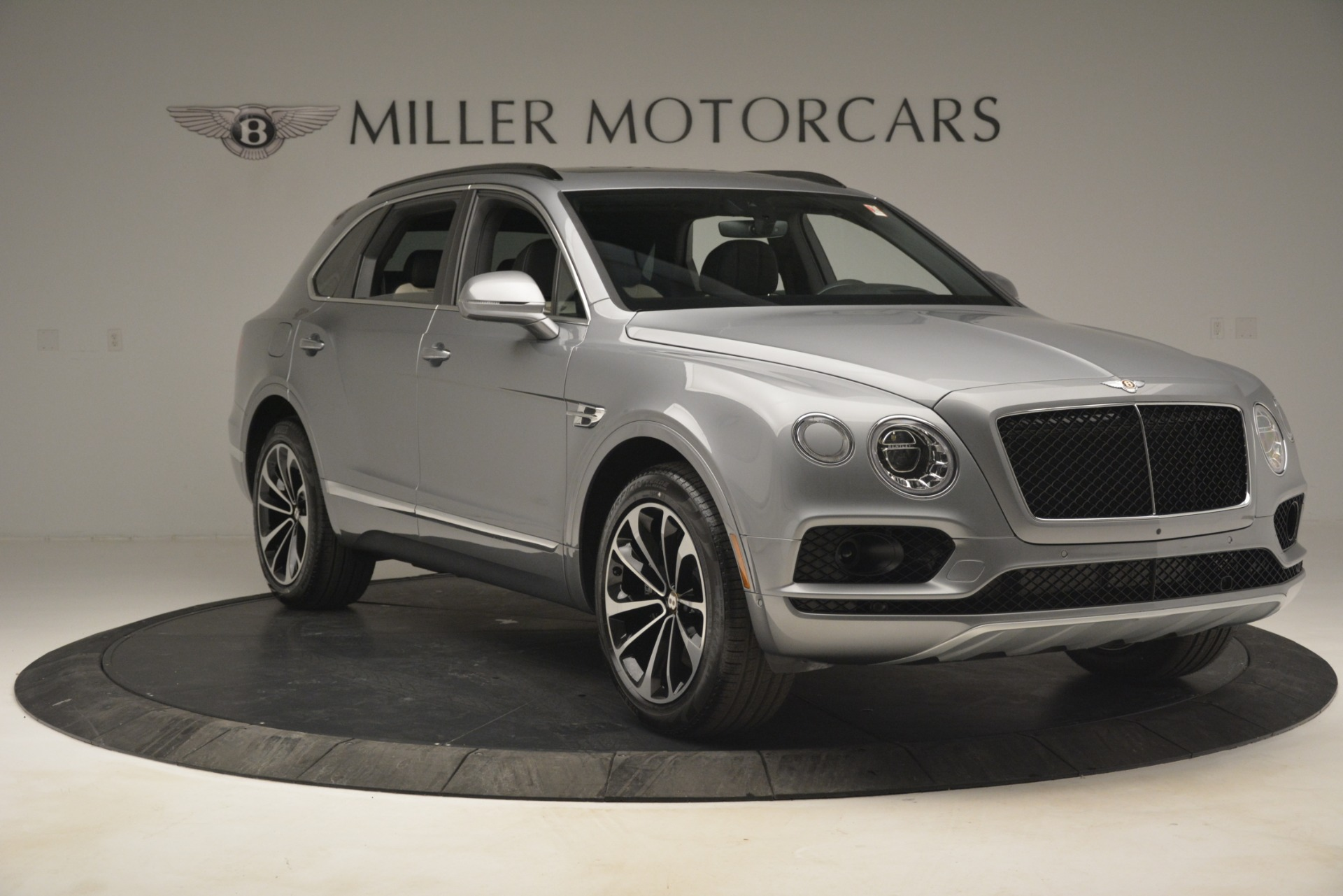 New 2019 Bentley Bentayga V8 For Sale In Greenwich, CT 2674_p11
