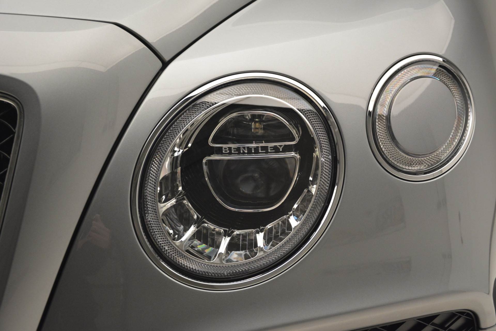 New 2019 Bentley Bentayga V8 For Sale In Greenwich, CT 2674_p15