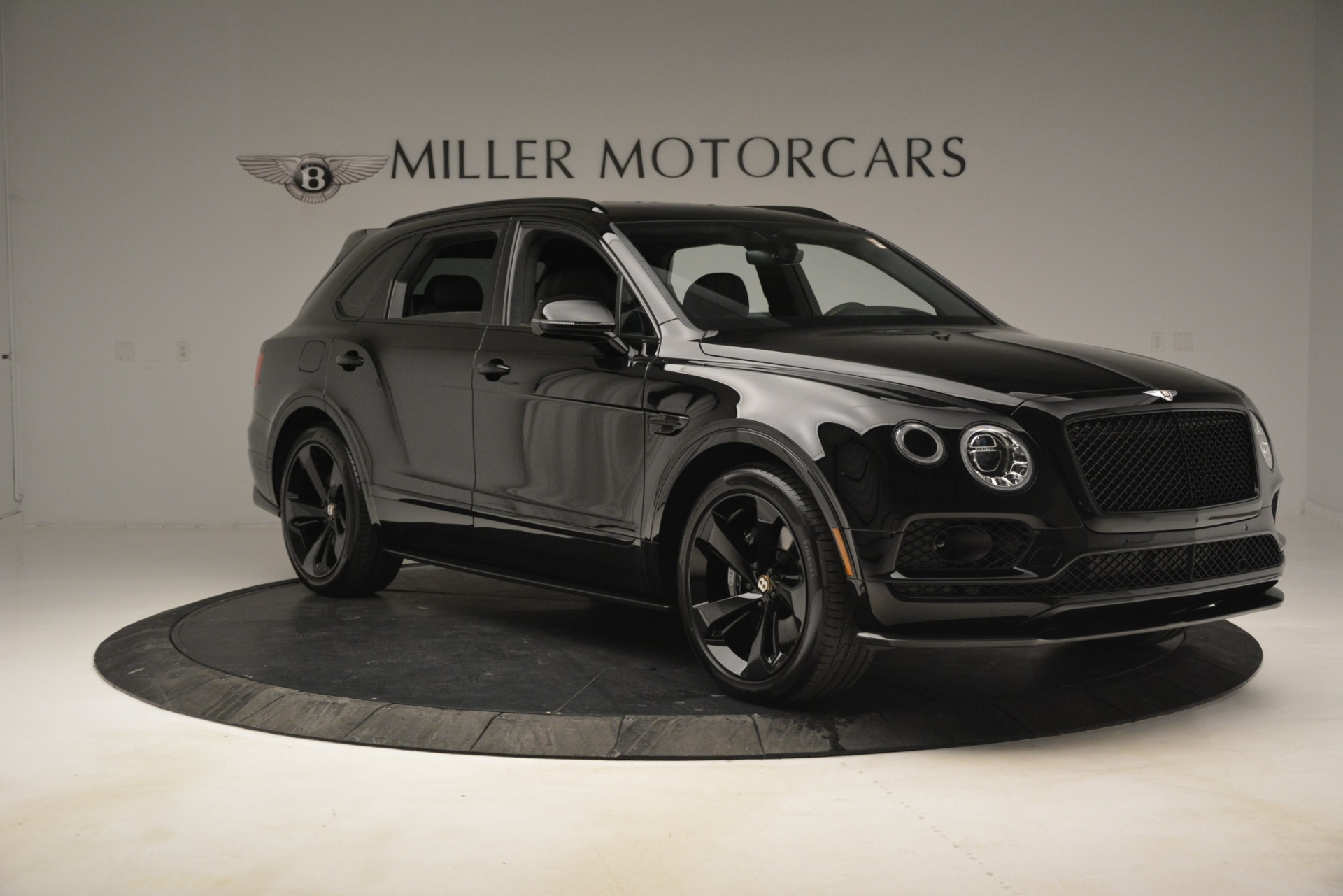 New 2019 Bentley Bentayga V8 For Sale In Greenwich, CT 2675_p10