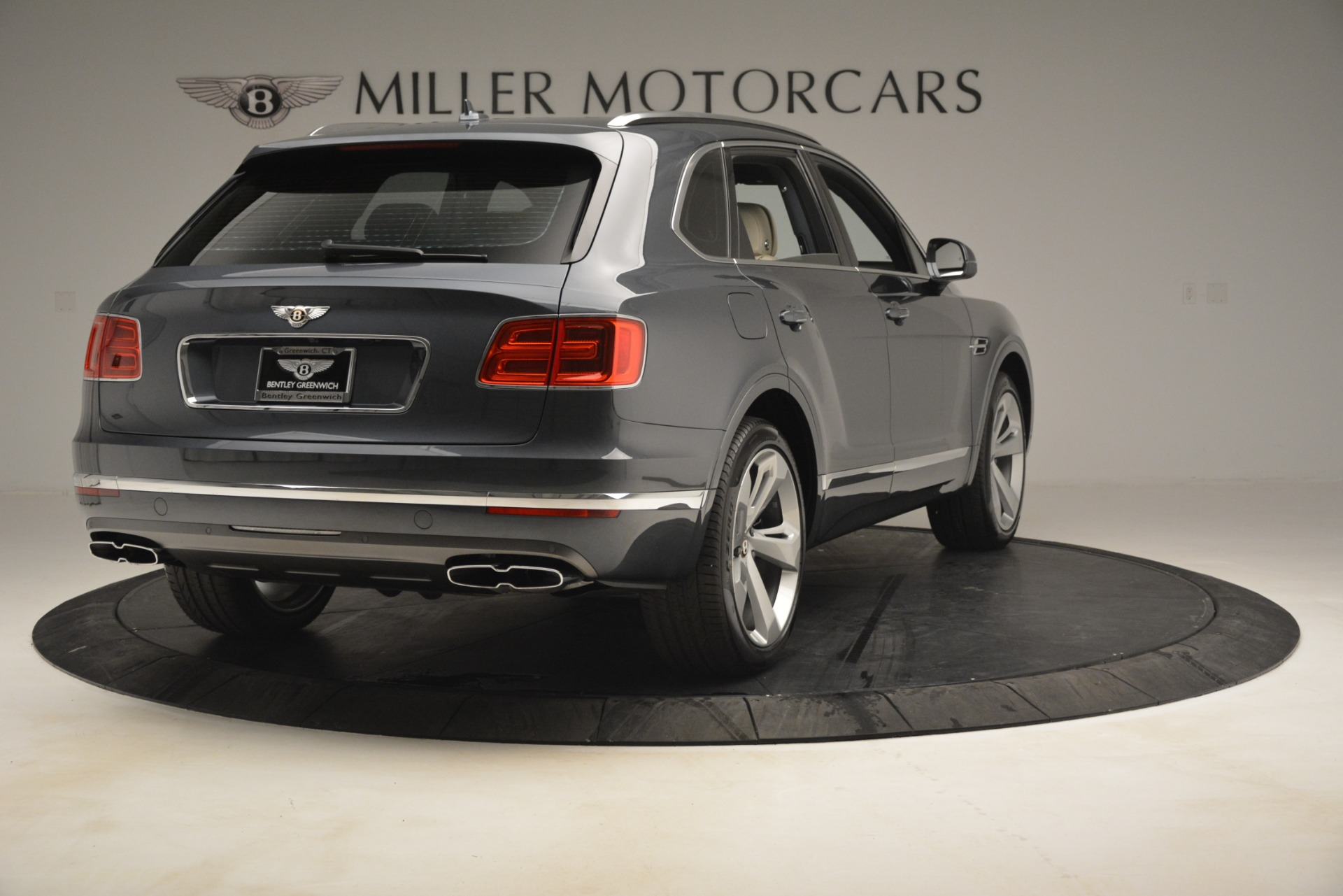 New 2019 Bentley Bentayga V8 For Sale In Greenwich, CT 2676_p7