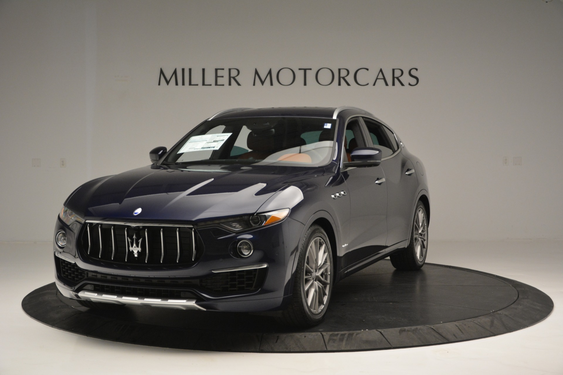 New 2019 Maserati Levante Q4 GranLusso For Sale In Greenwich, CT 2678_main